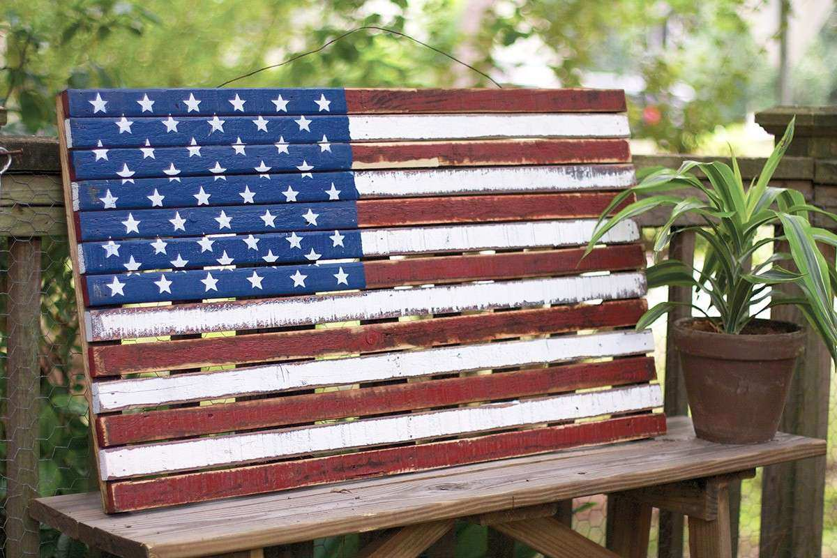 wooden American flag wall hanging