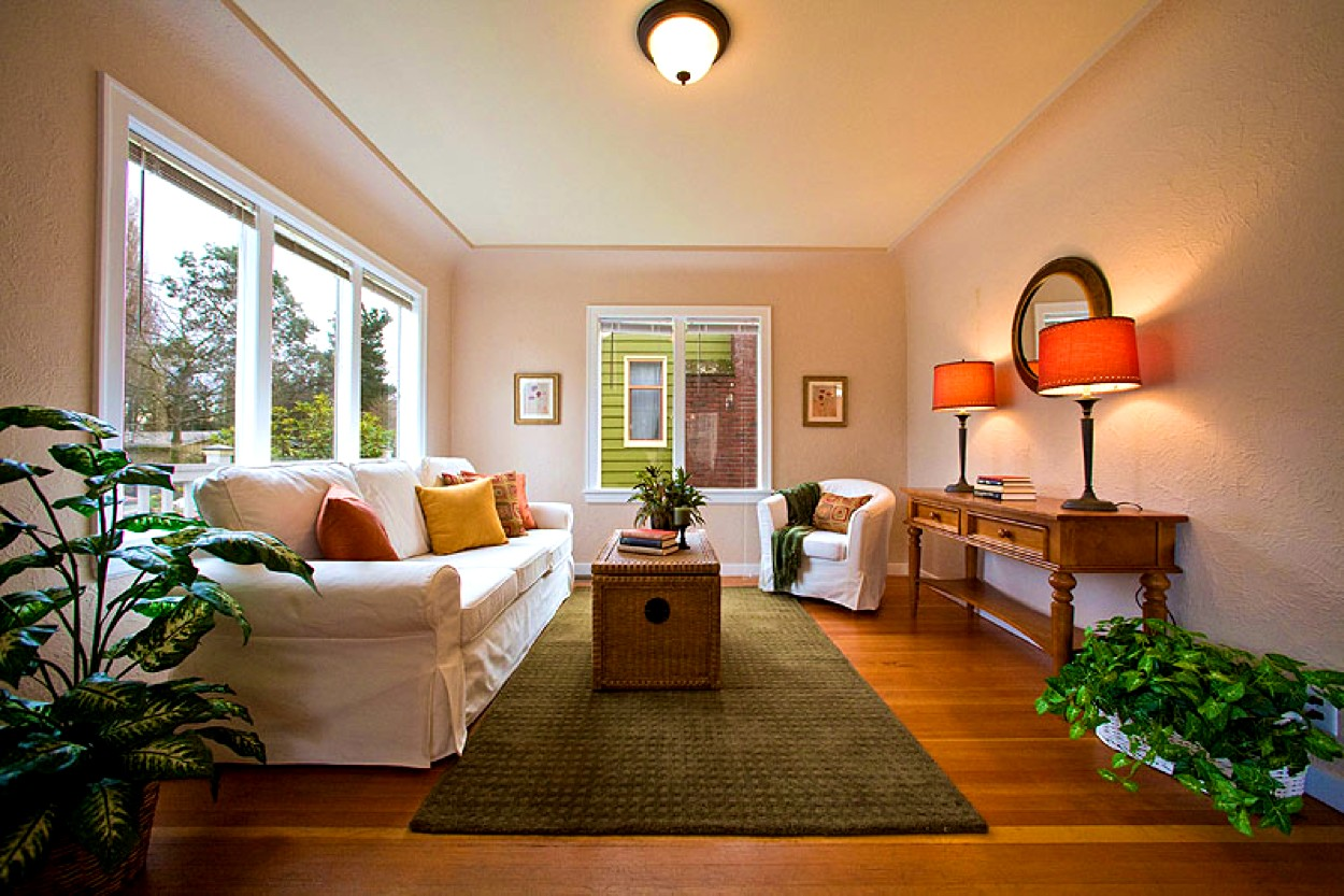 Decorating Long Walls In Living Rooms Diningdecorcenter