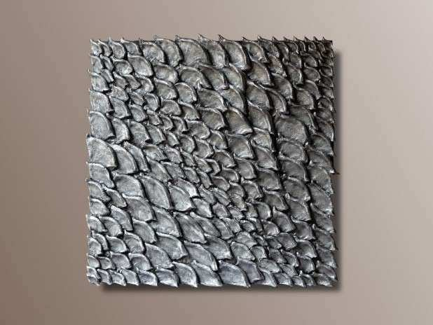 Set of 2 Wall Sculptures Gold and SilverTextured