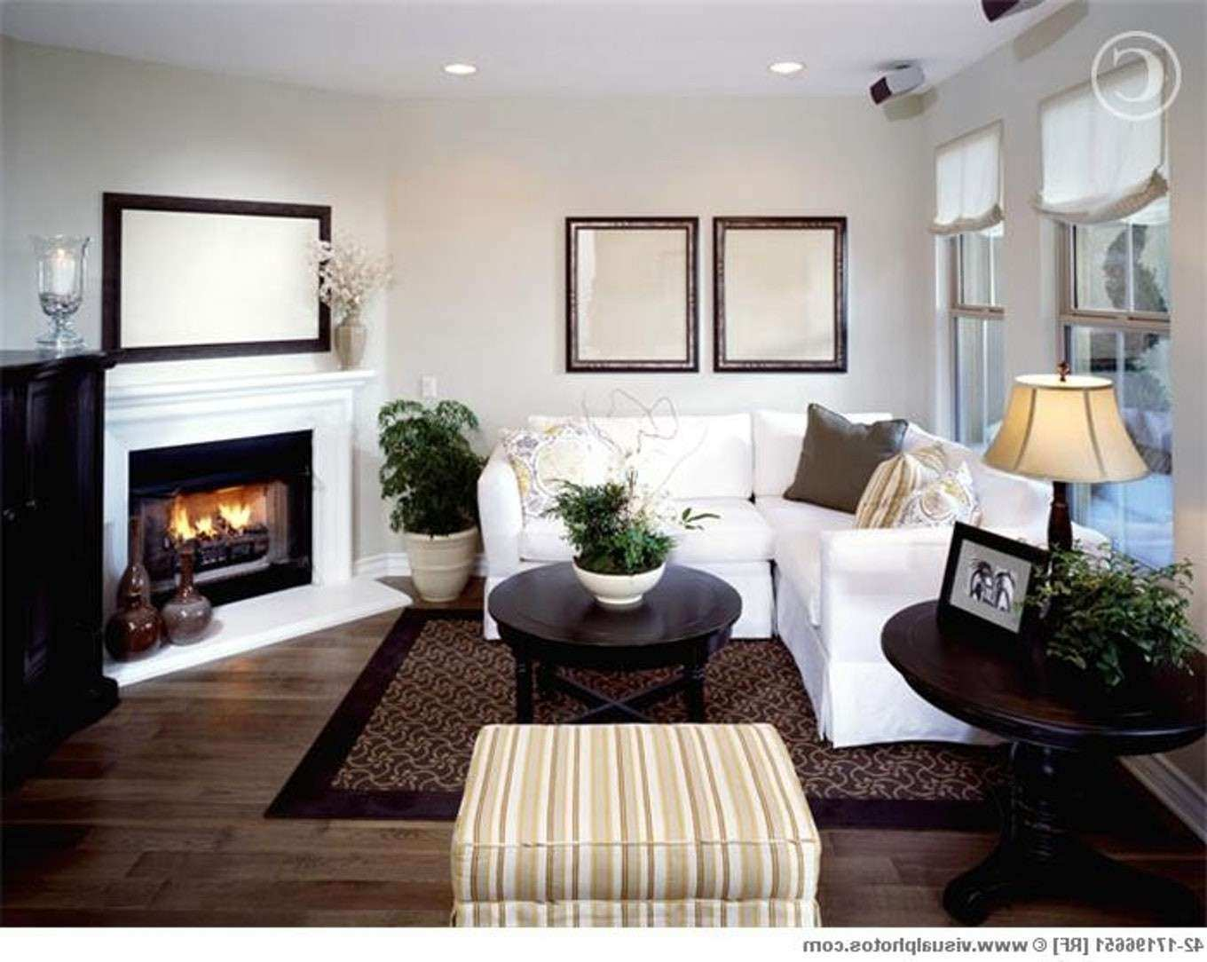 How to Decorate Living Room Wall New Arranging Furniture Around A ...