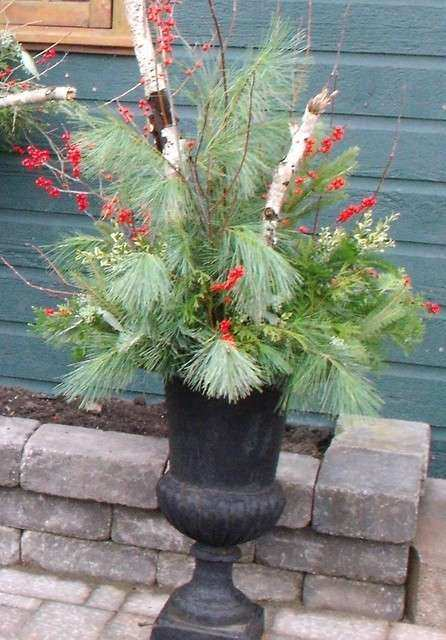 Seasonal Urns Eclectic Outdoor Holiday Decorations
