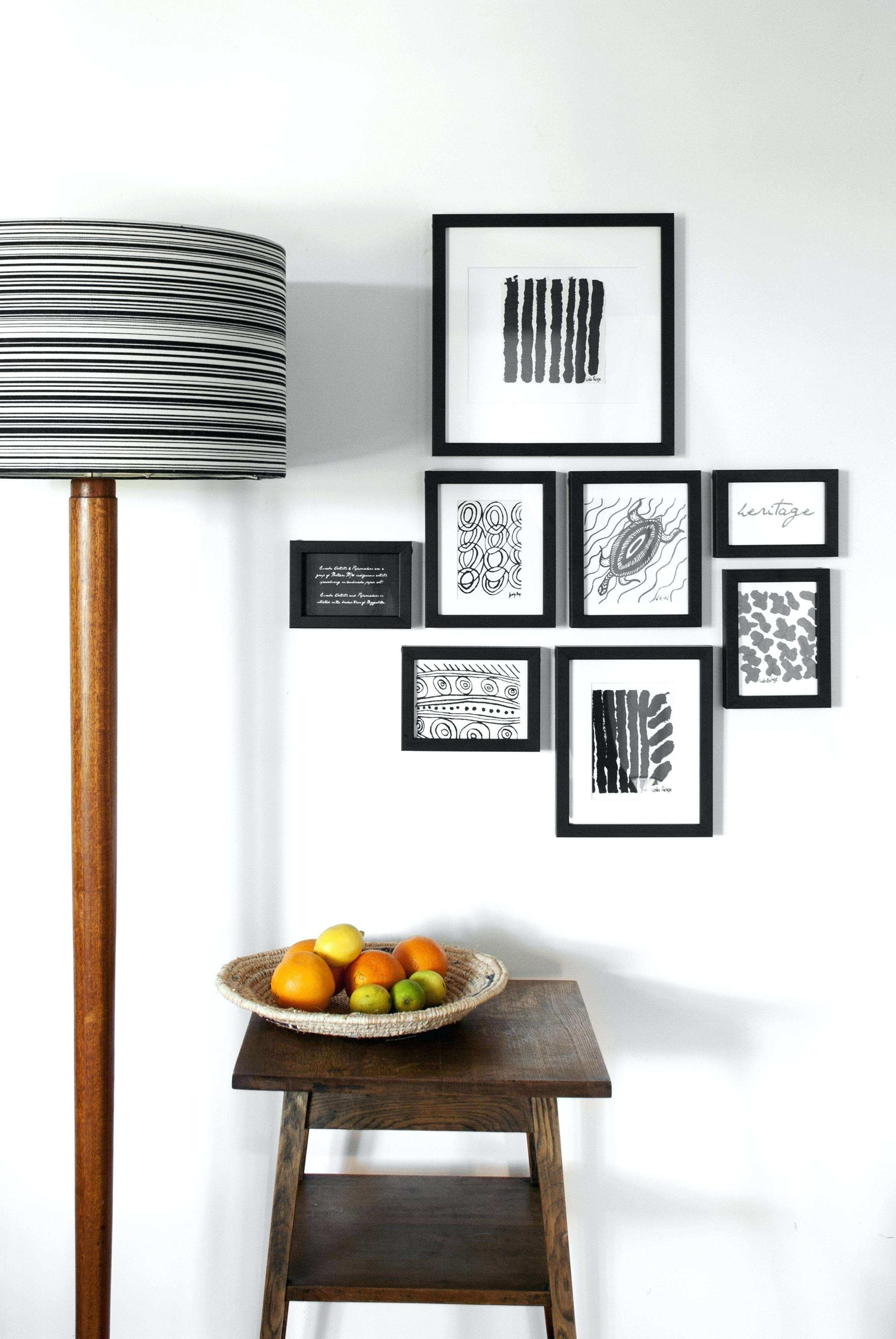 Modern Wall Decor For Living Room Clic Decorating Ideas Picture