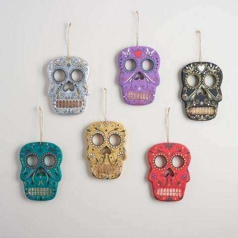 Wood Skull Wall Decor