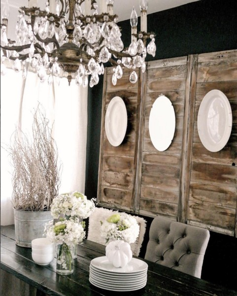 Wall decor for dining room best of how to decorate with for Plates to decorate