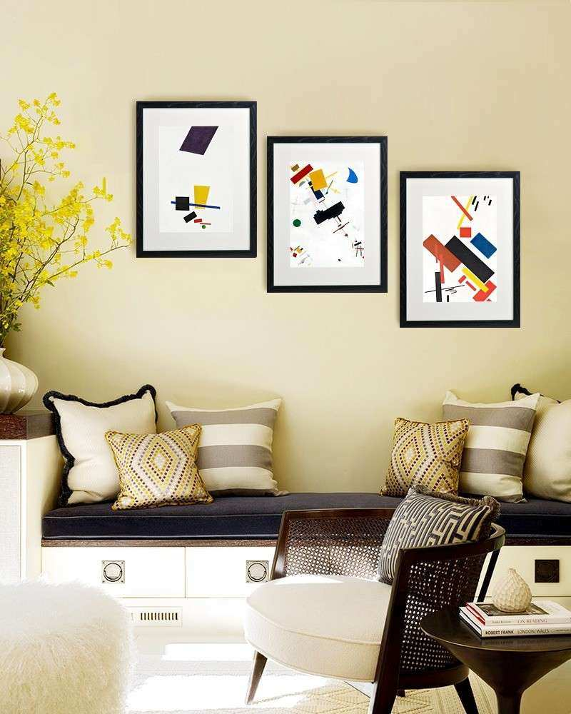 23 Frame Decor Examples For Living Room