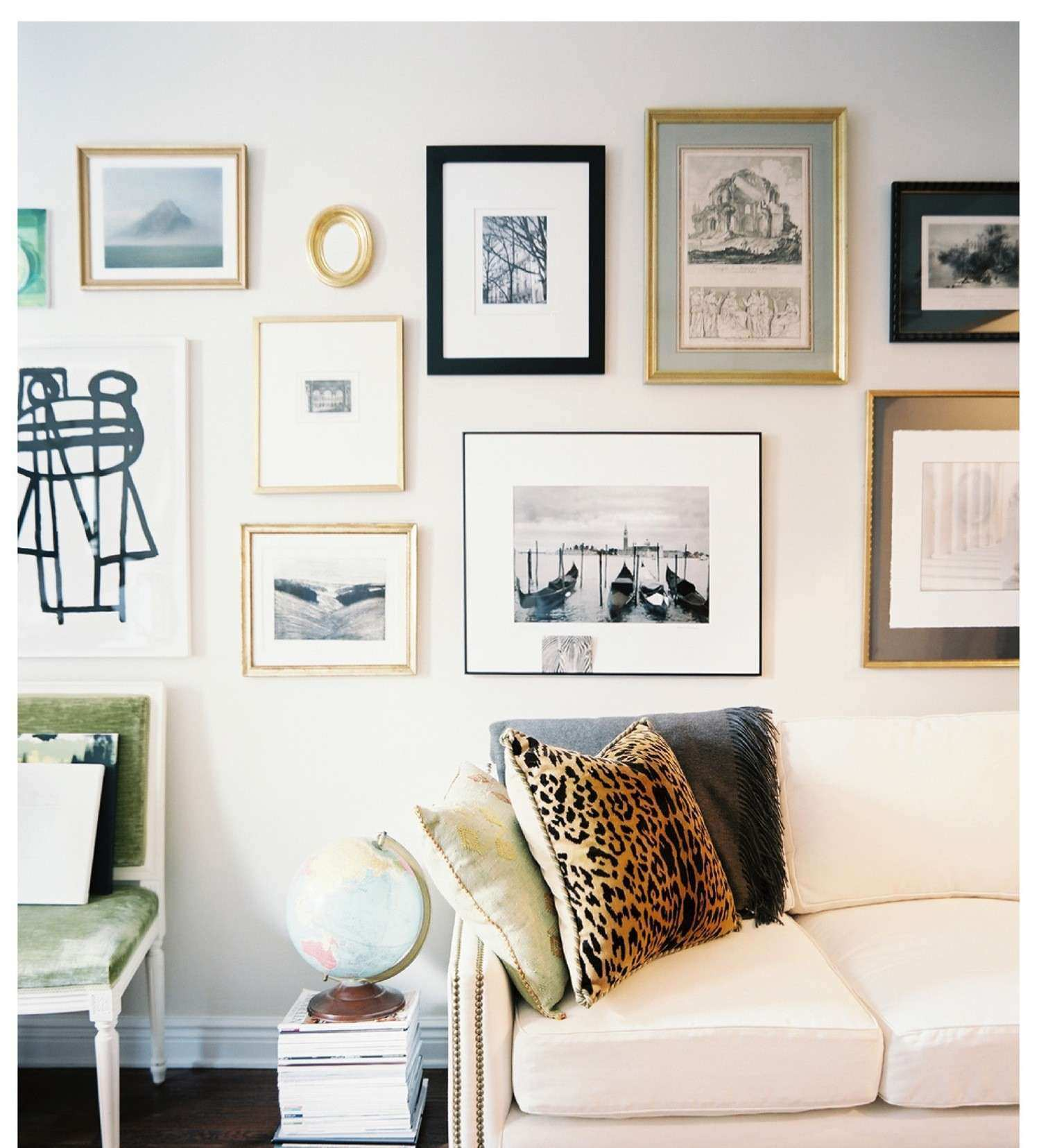 Mixing frames matting Love the light visual of this wall