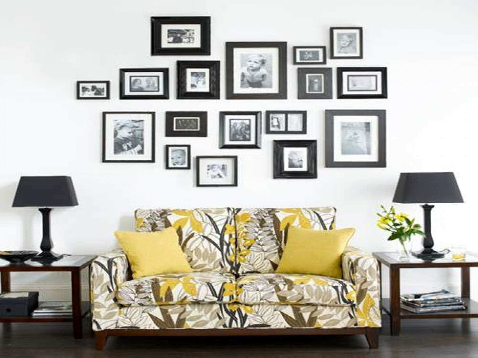 Wall picture frames for living room india for Wall picture frames for living room
