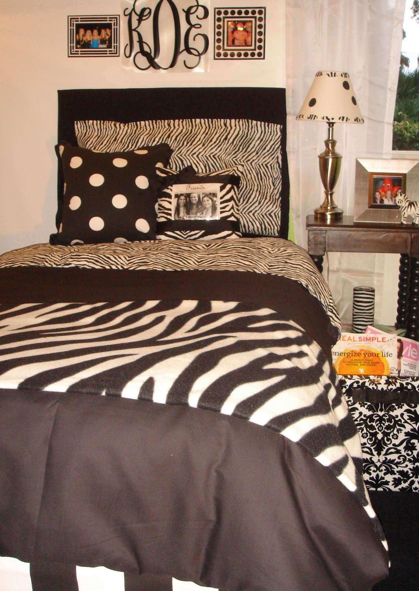 Zebra Print Wall Decor Beautiful Unique Zebra Print Bedroom Ideas  Furnitures Themed Teenage Print