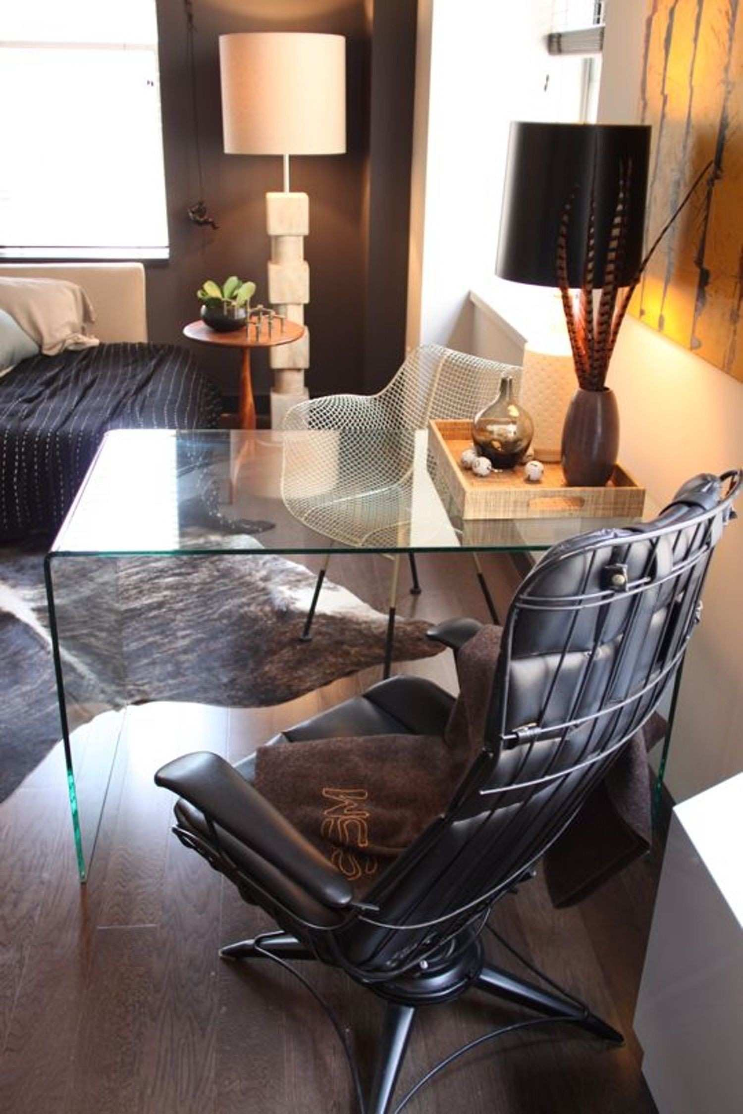 Small Space Solutions Sources for Clear Glass & Acrylic Desks