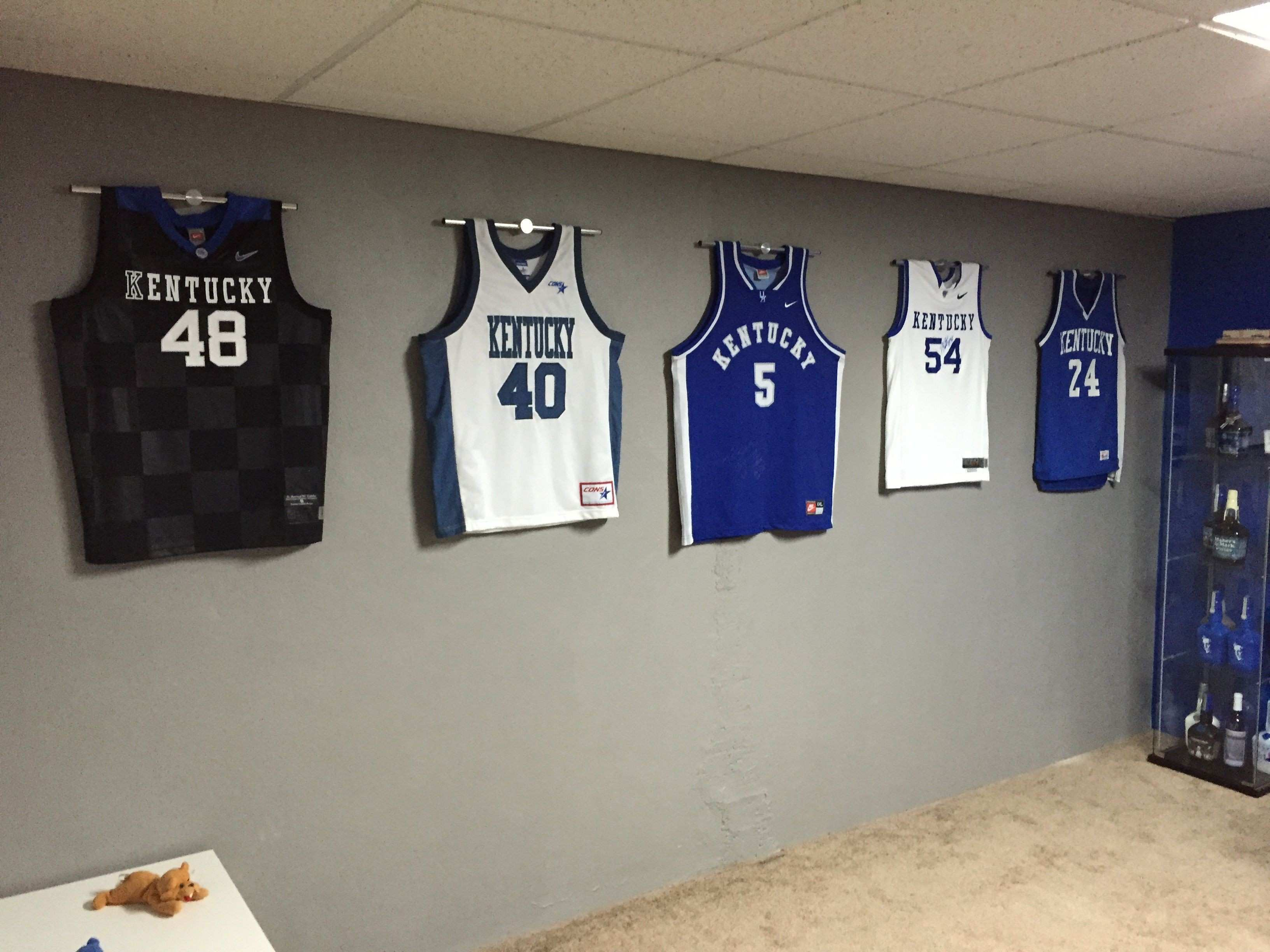 Ultra Mount Jersey display hanger the affordable alternative to