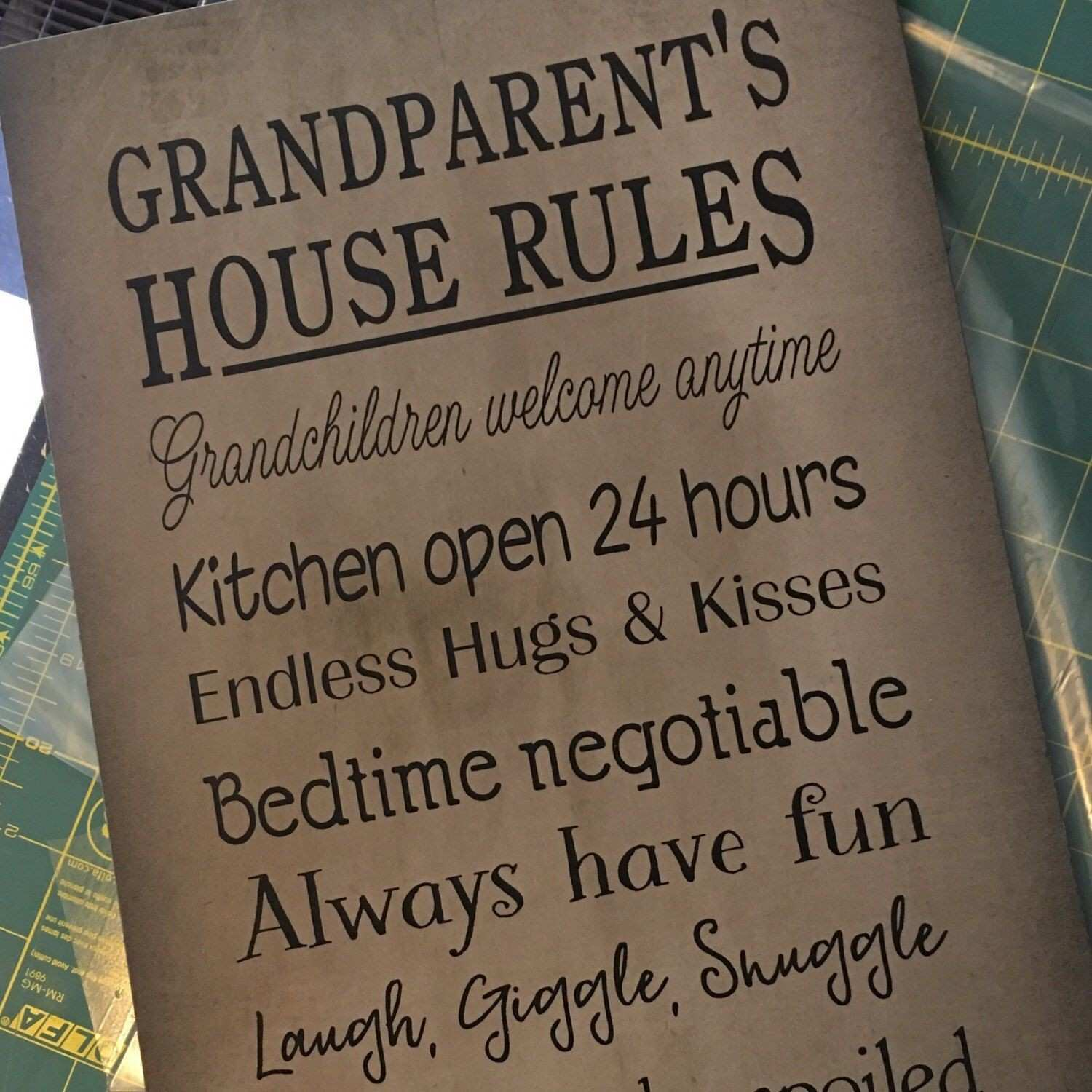 Cute sign for Grandparents Day t or grandparent reveal