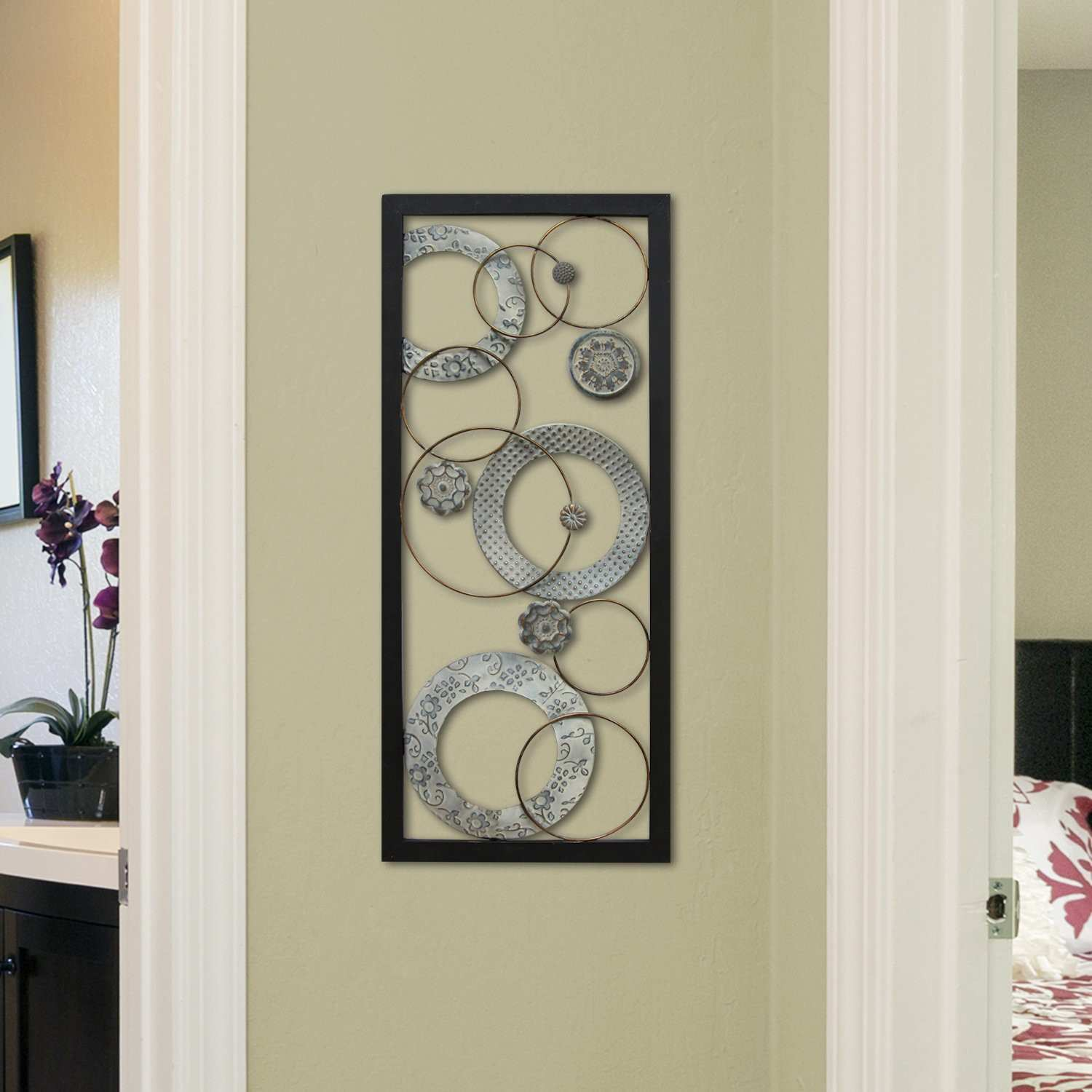 Stratton Home Decor Stamped Circles Panel Wall Décor