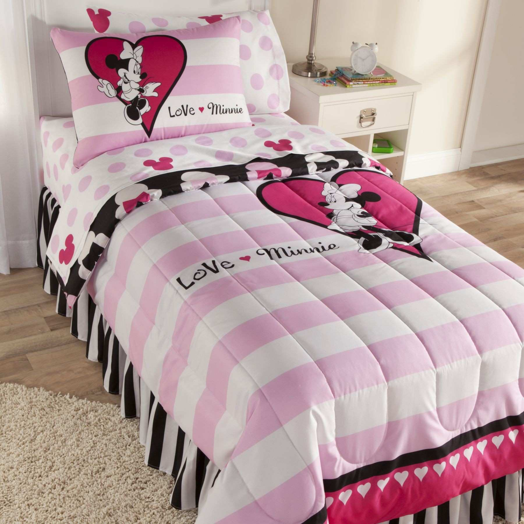 Decor Minnie Mouse Bedroom Decor Beds With Underneath Carpets And