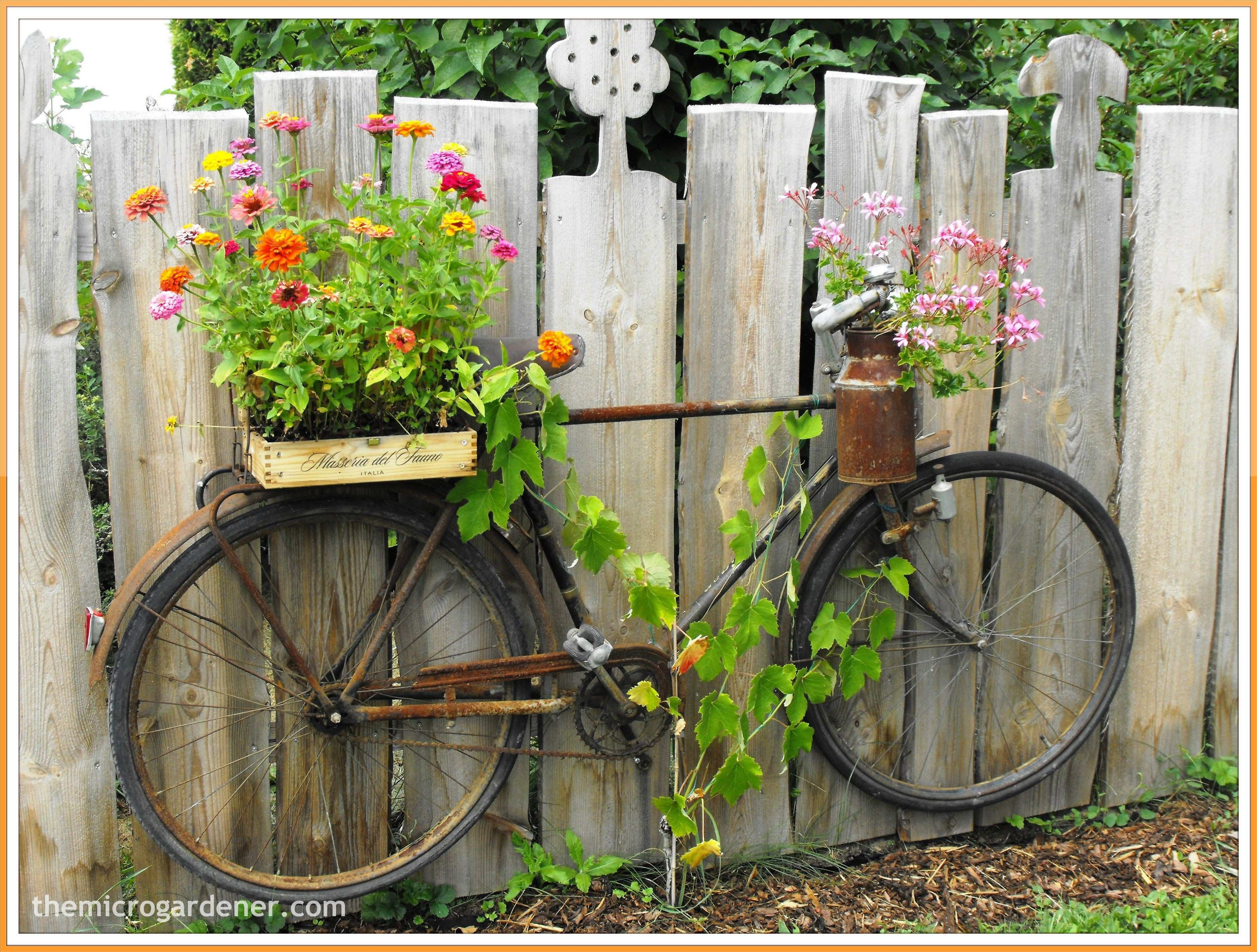 UP CYCLED BIKE PLANTER Don t throw it grow in it An old bicycle