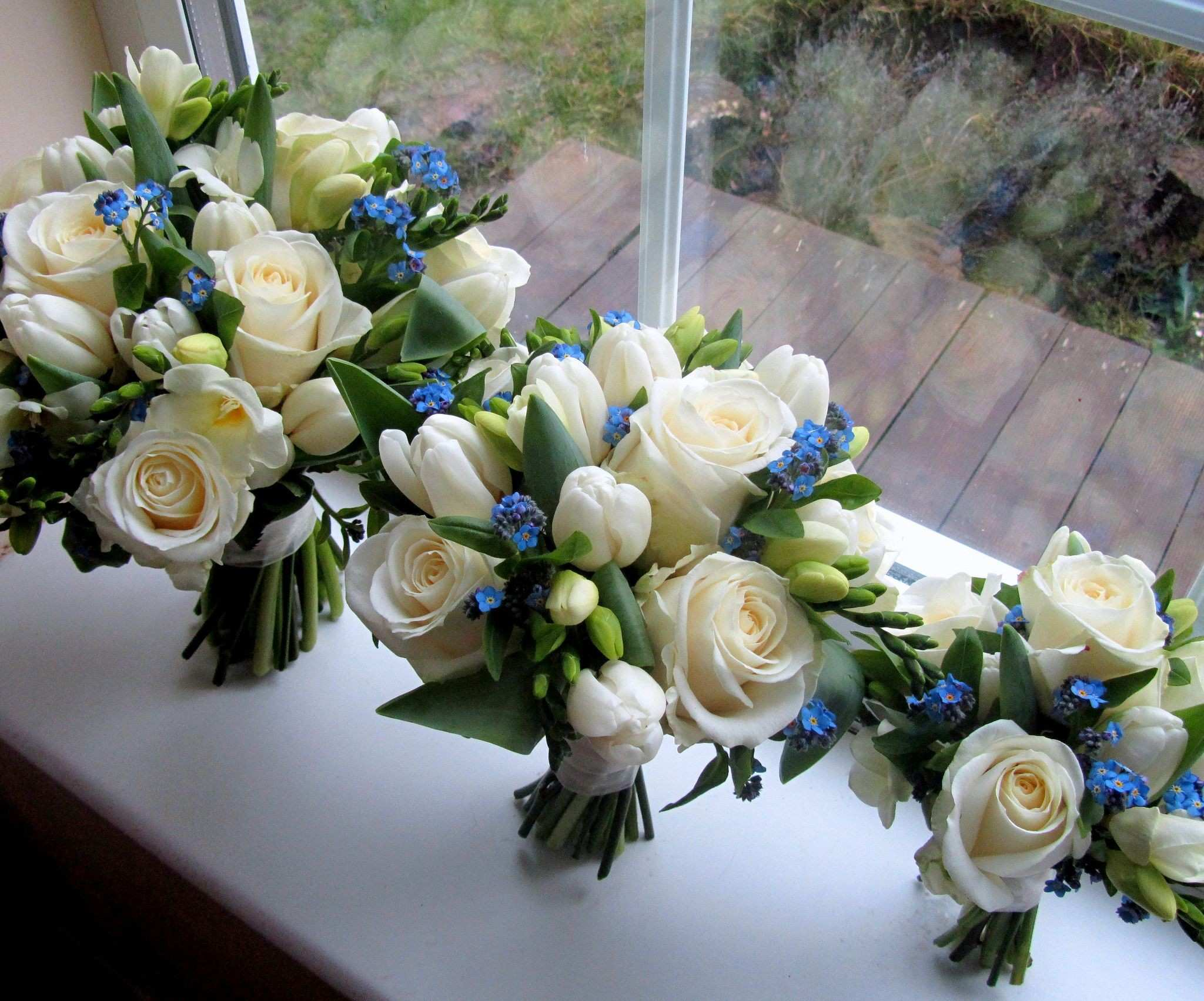 Blue and white bouquets Pinterest