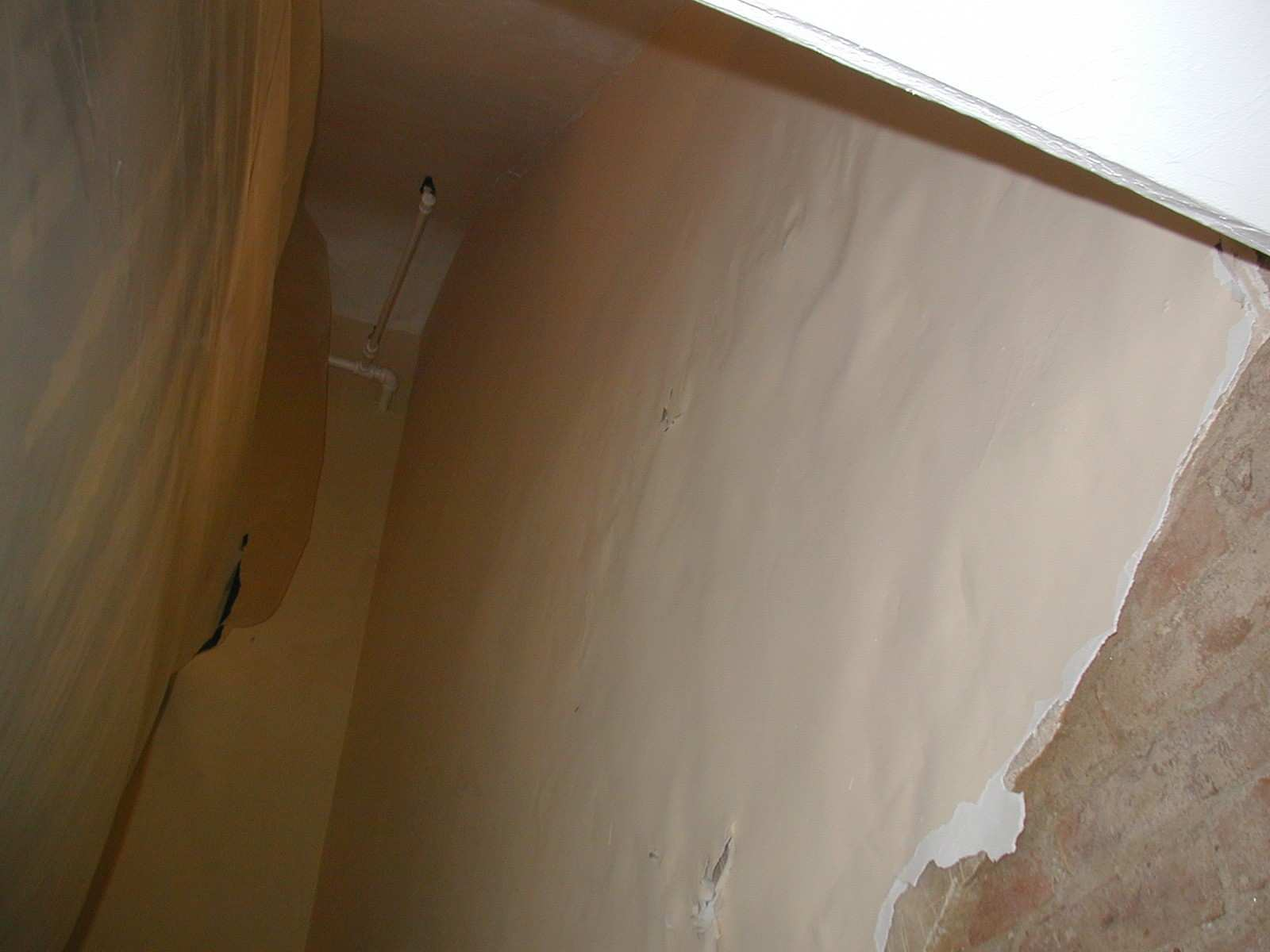 Leaky Brick Walls Paint Bubbling Quick Cheap Solution Expose the
