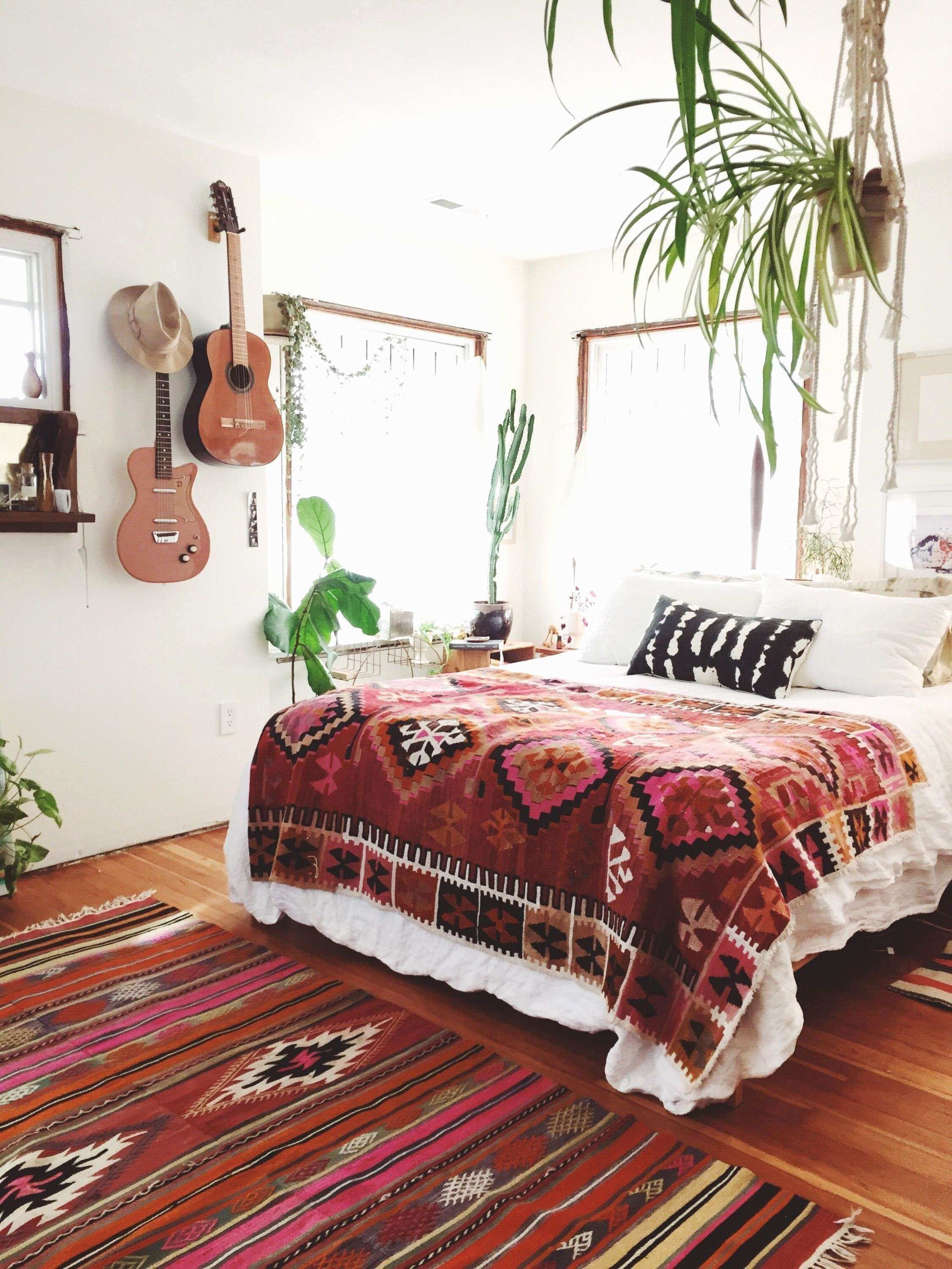 48 New Cool Bedroom Decor ExitRealEstate540