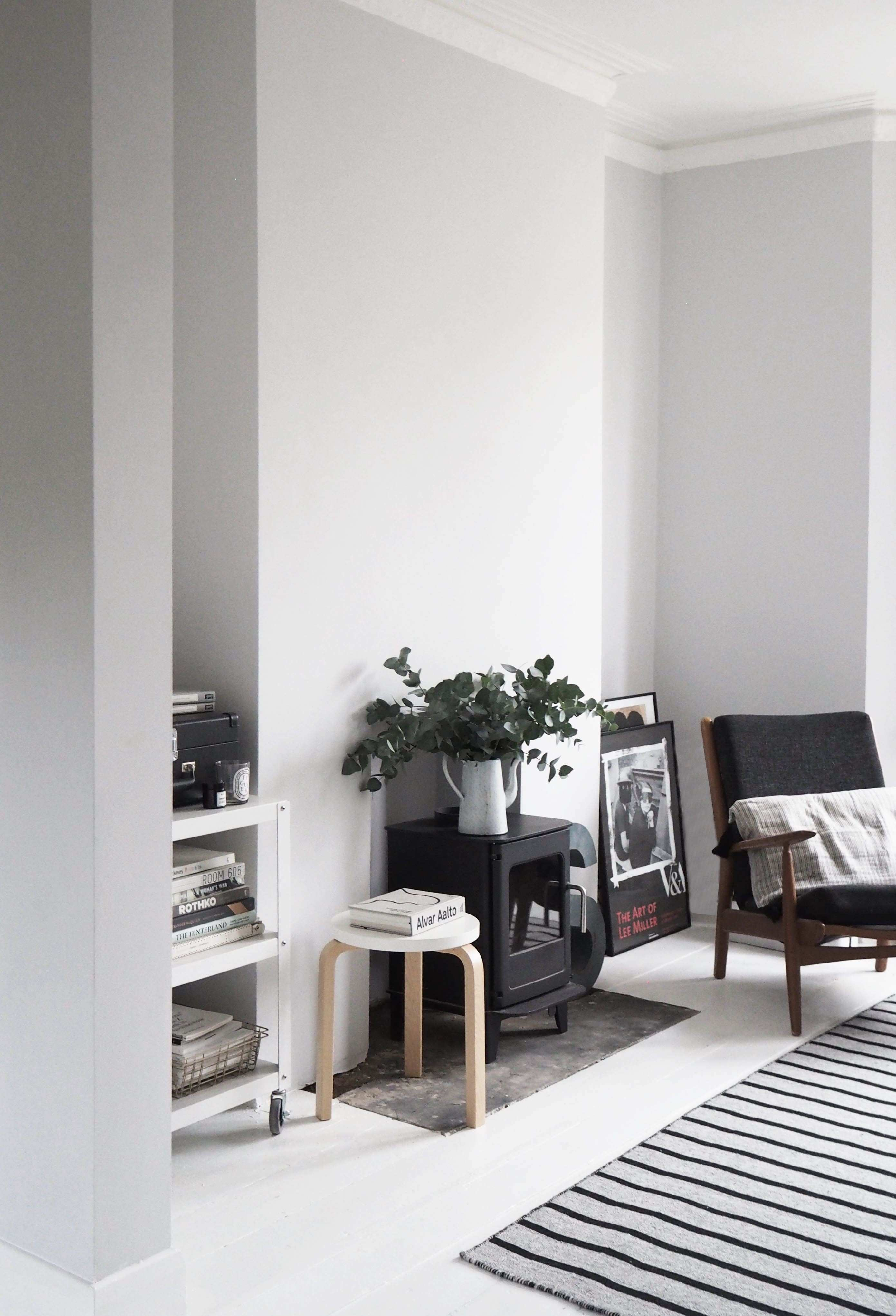 My Scandi style living room makeover – painted white floors and