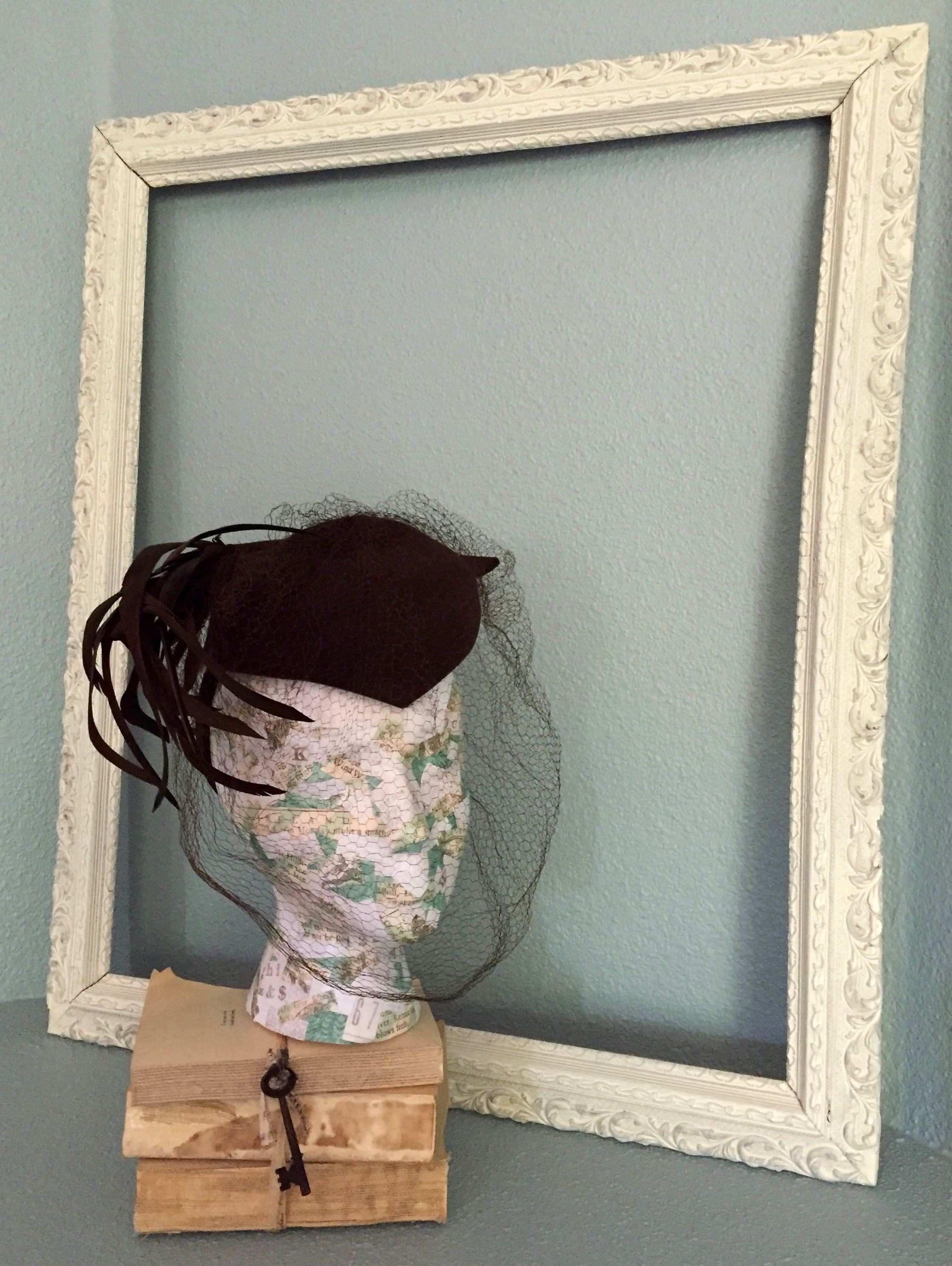 Shabby Chic Chalky Ivory Vintage Frame Wedding Booth