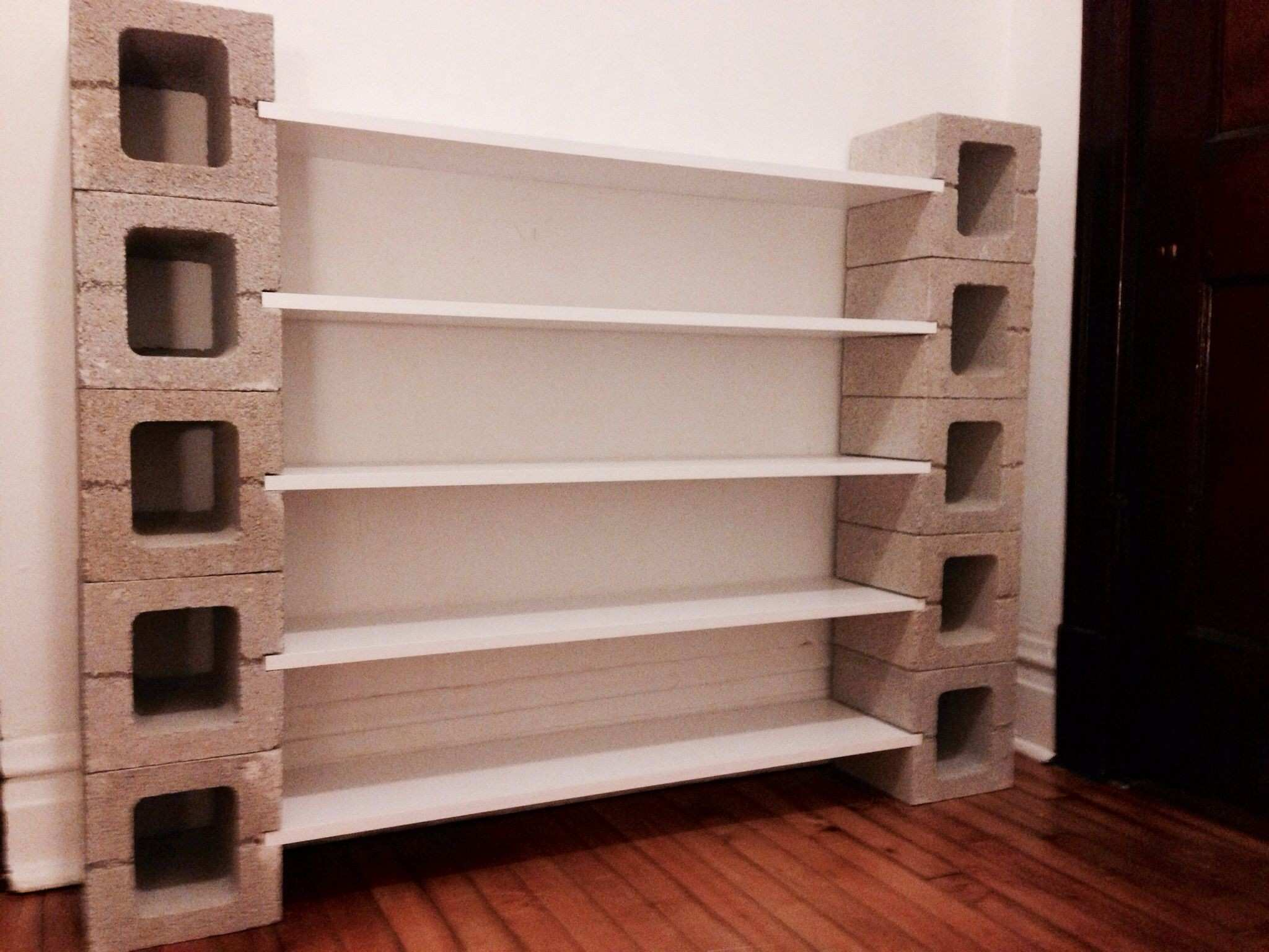 DIY shelf with concrete blocks Home Decor Pinterest