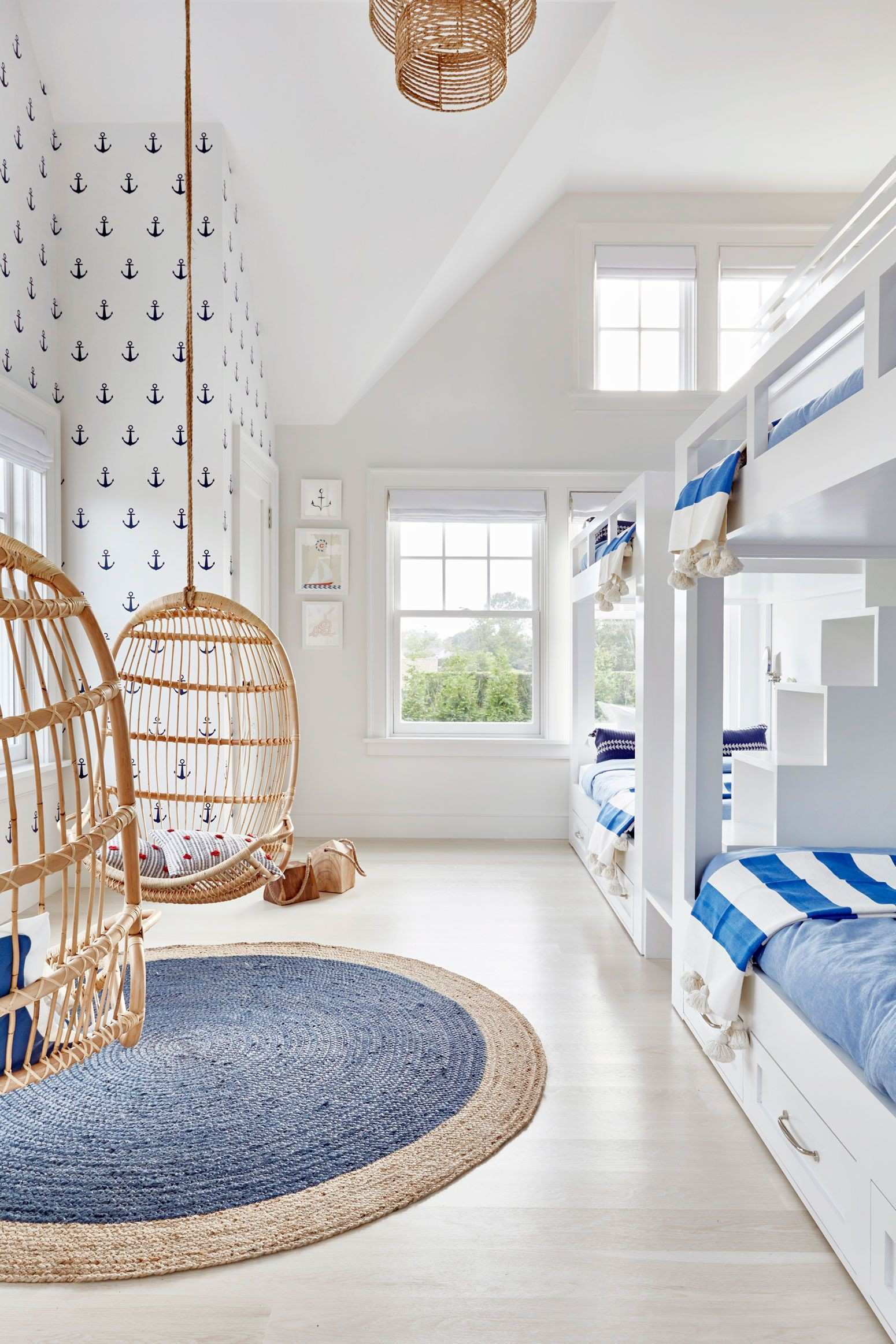 25 Easy Ways to Design and Decorate a Kids Room