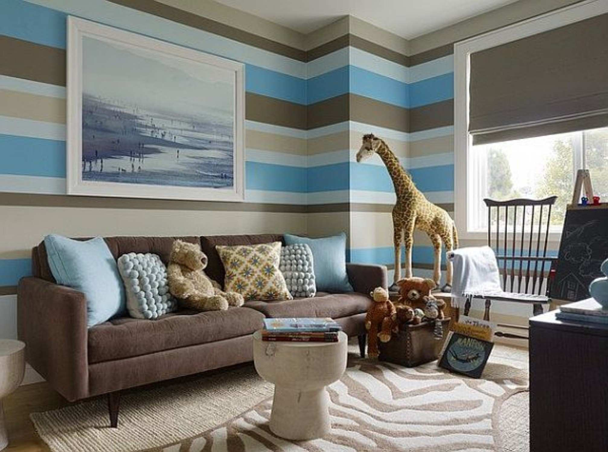 Chocolate Brown And Blue Living Room Ideas With Wall Painting