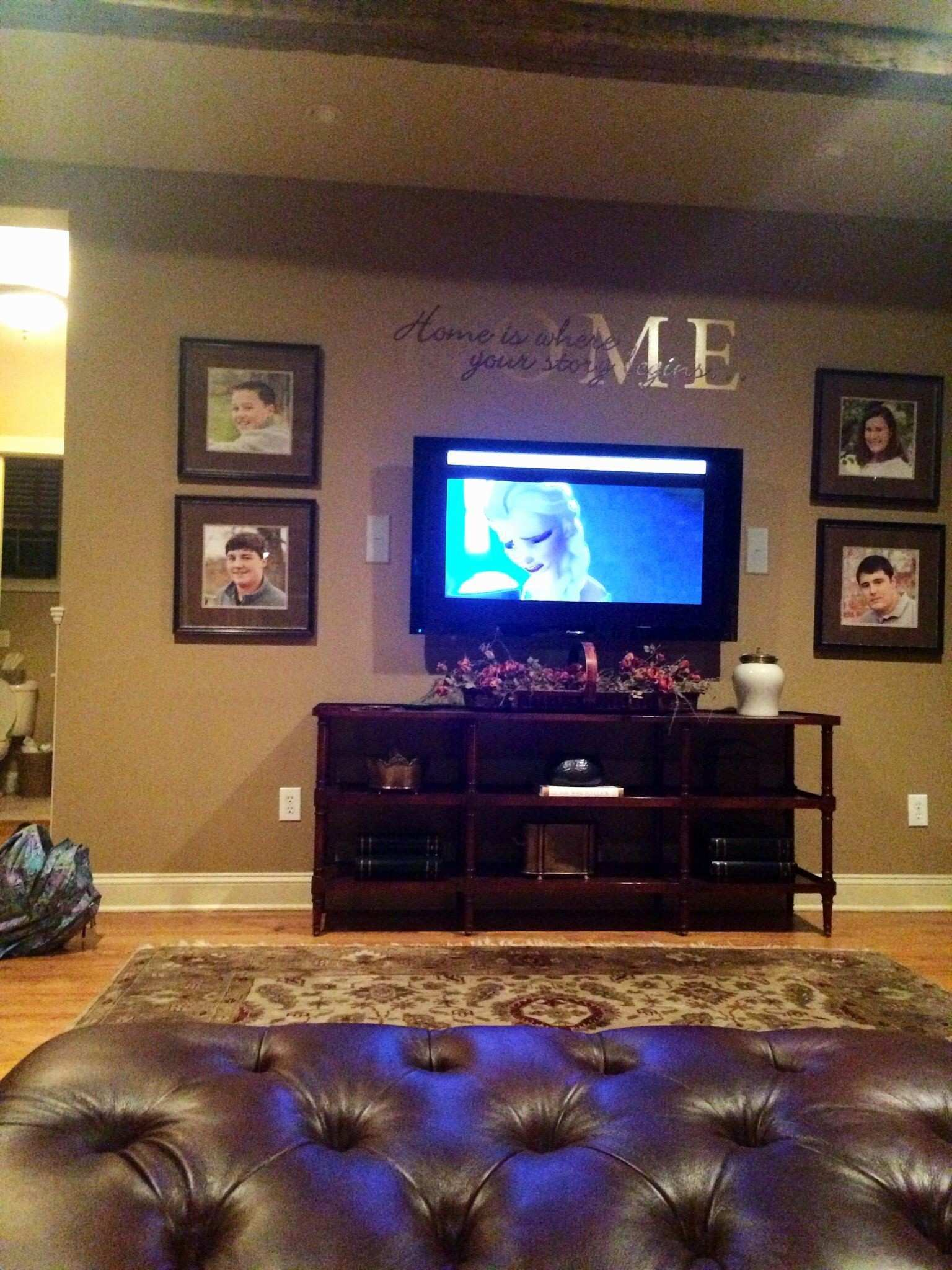 Awesome Decorating A Long Wall In A Living Room
