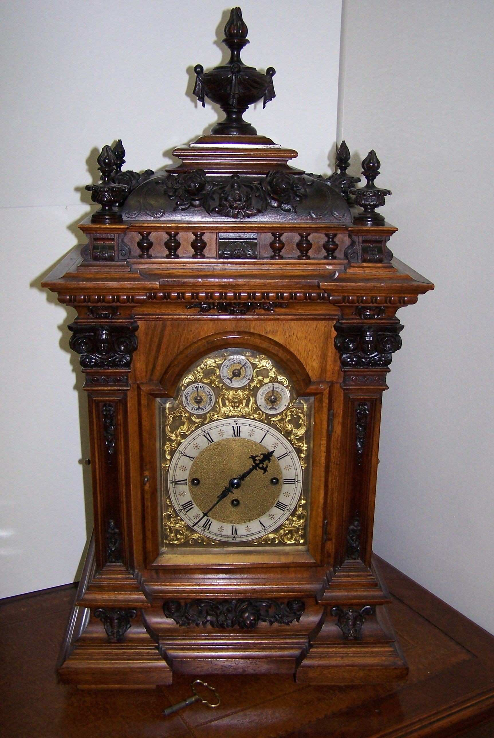 antique clocks Victorian Rosewood Bracket Clock …