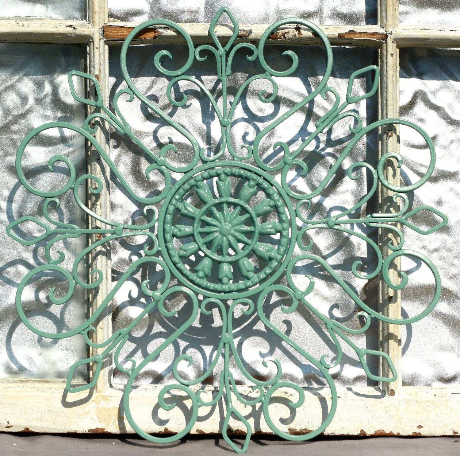 39 Amazing Garden Metal Art