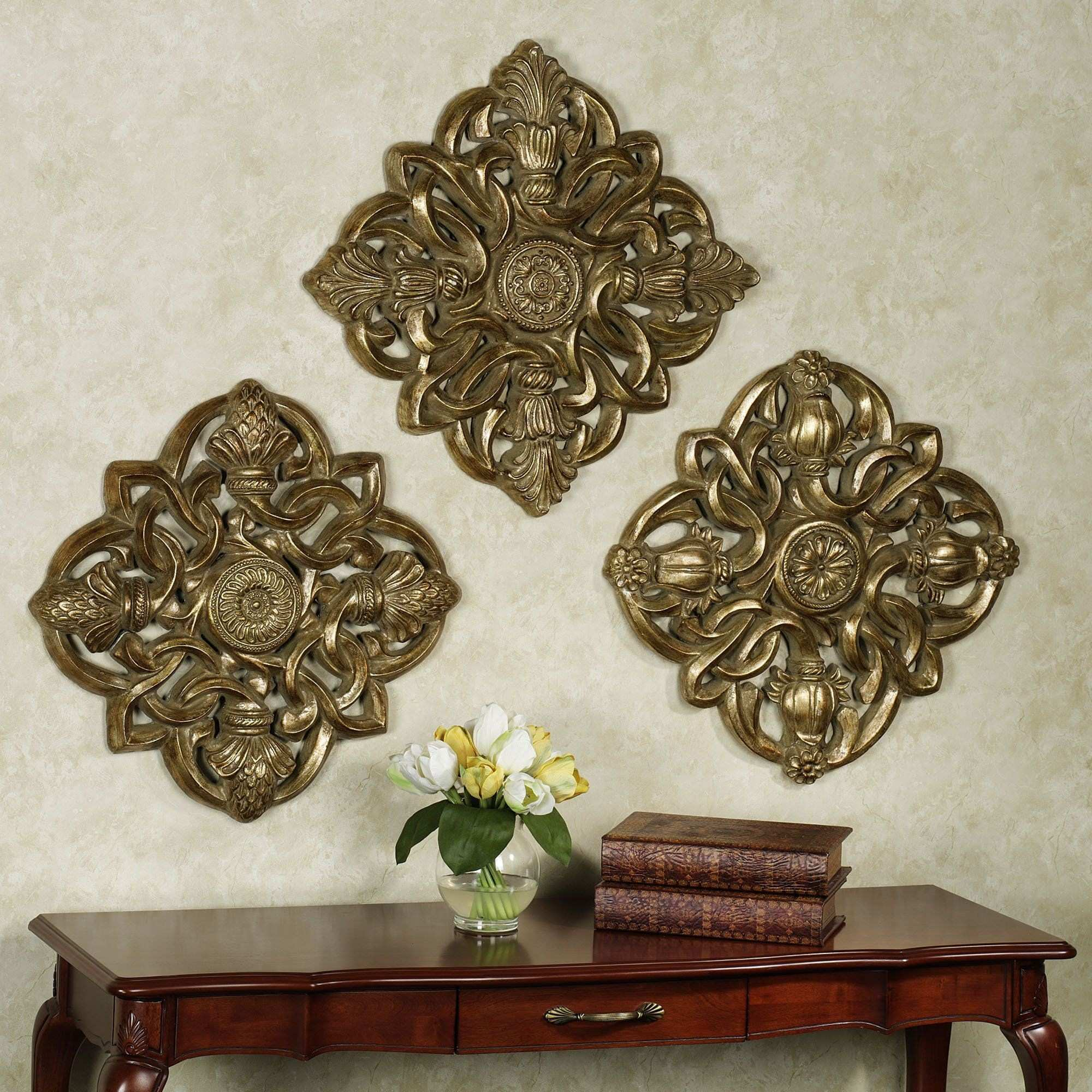 Metal Wall Medallion Beautiful Greyson Medallion Wall Plaque Set touch Of Class $119 99