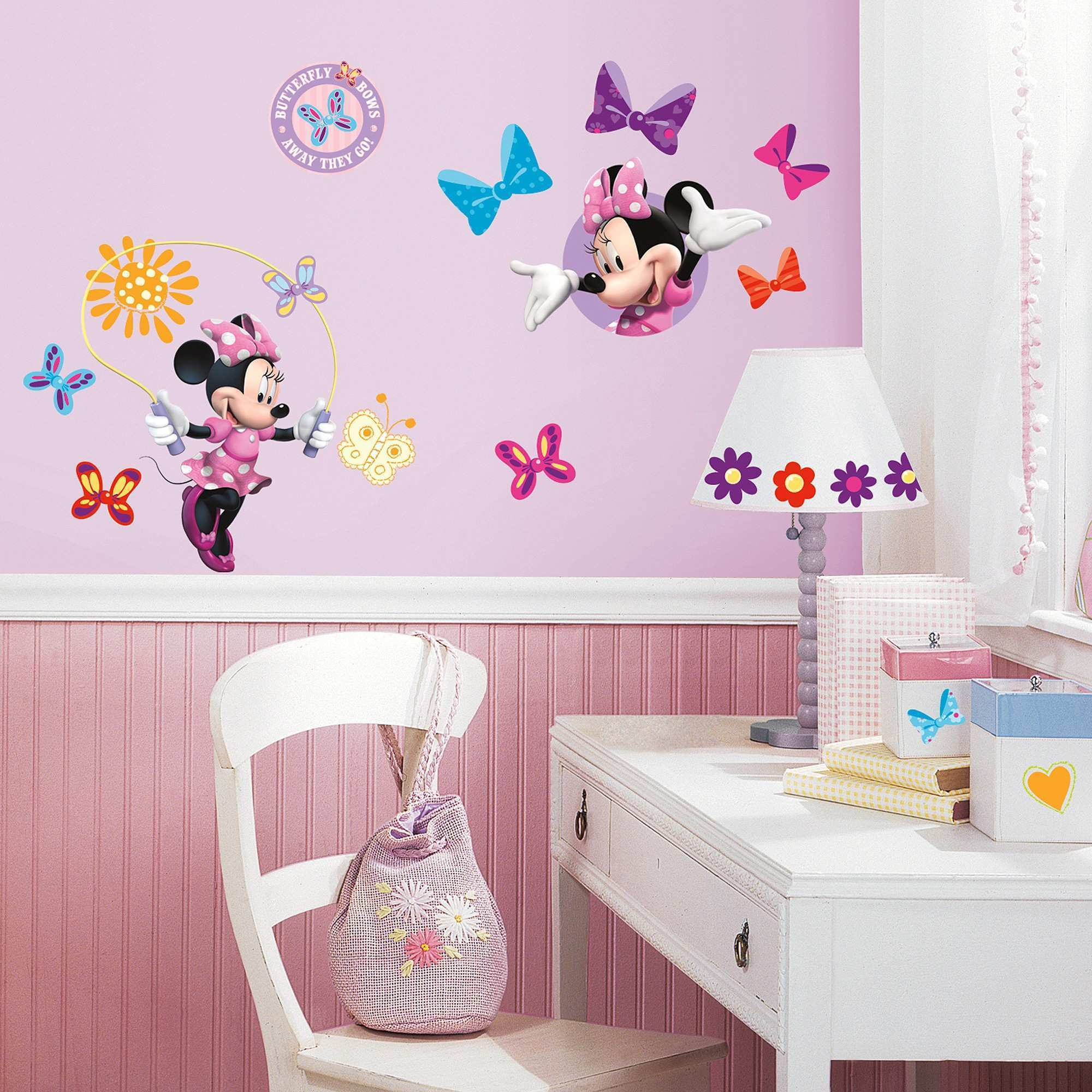 Decorations Sweeten Up Your Little Girl Room with Minnie Mouse Wall