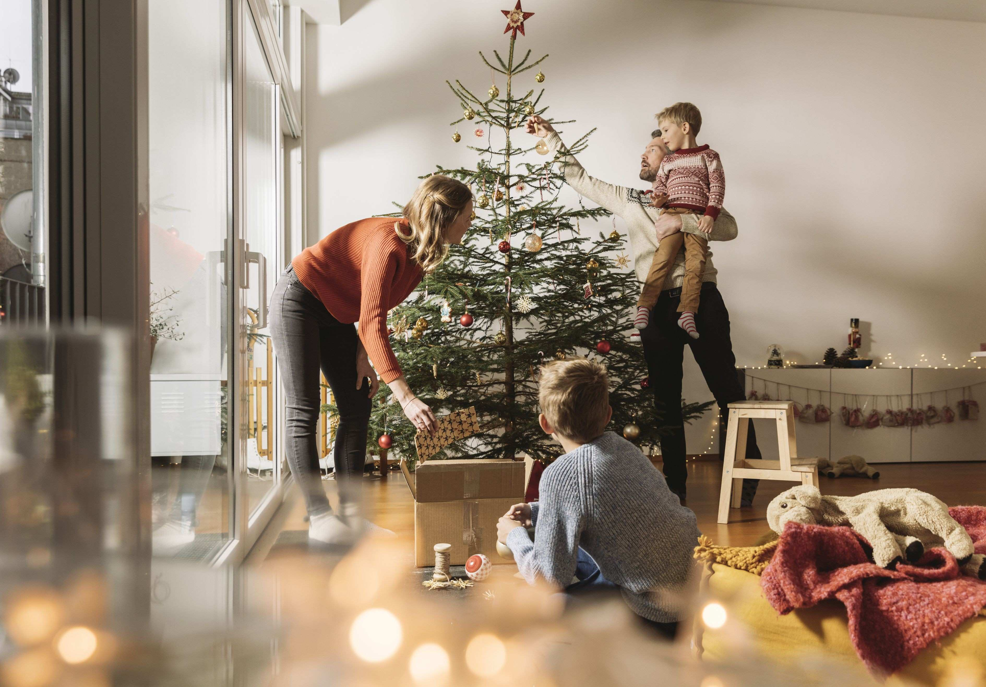 Learn How to Put Away Christmas Holiday Decorations