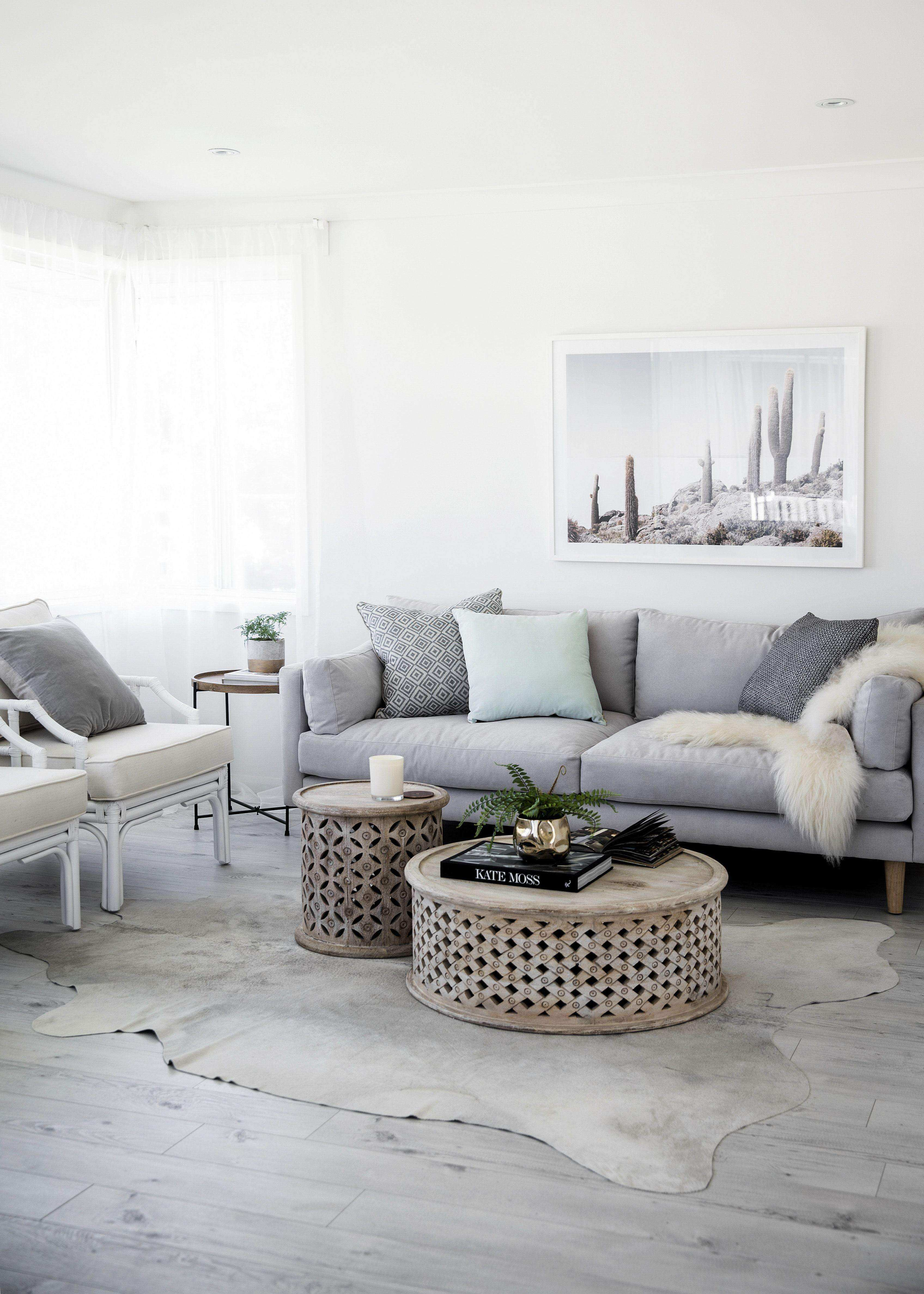 32 Awesome How to Decorate Living Room Table