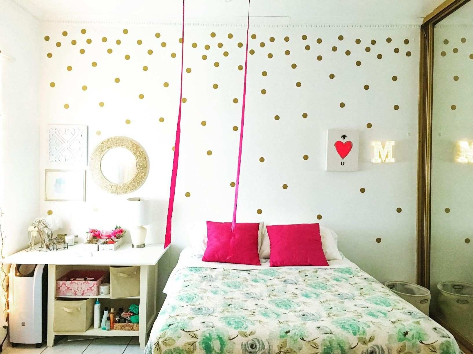 Amazon Gold Wall Decal Dots 200 Decals
