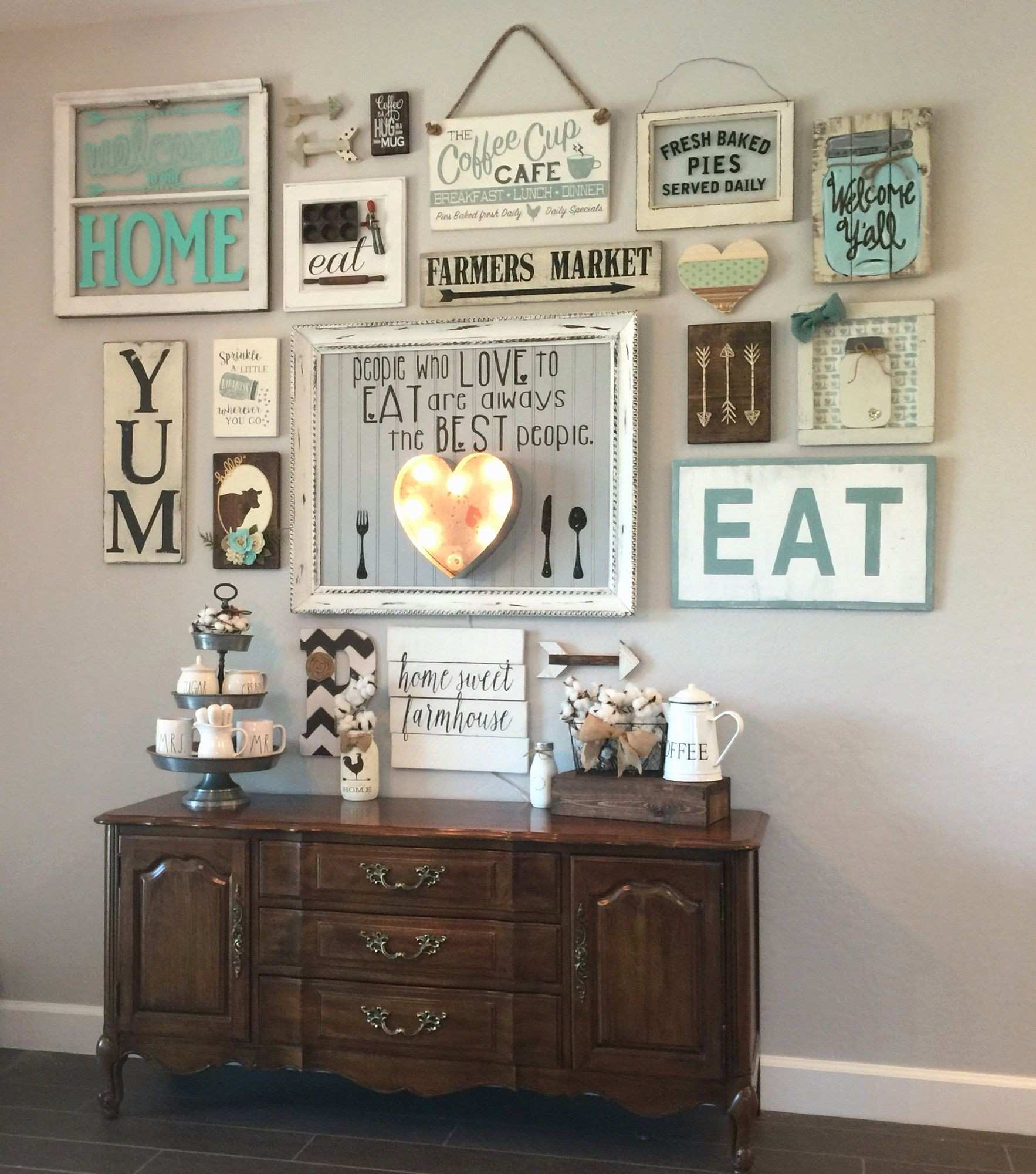 30 Best Picture Frame Decor Ideas