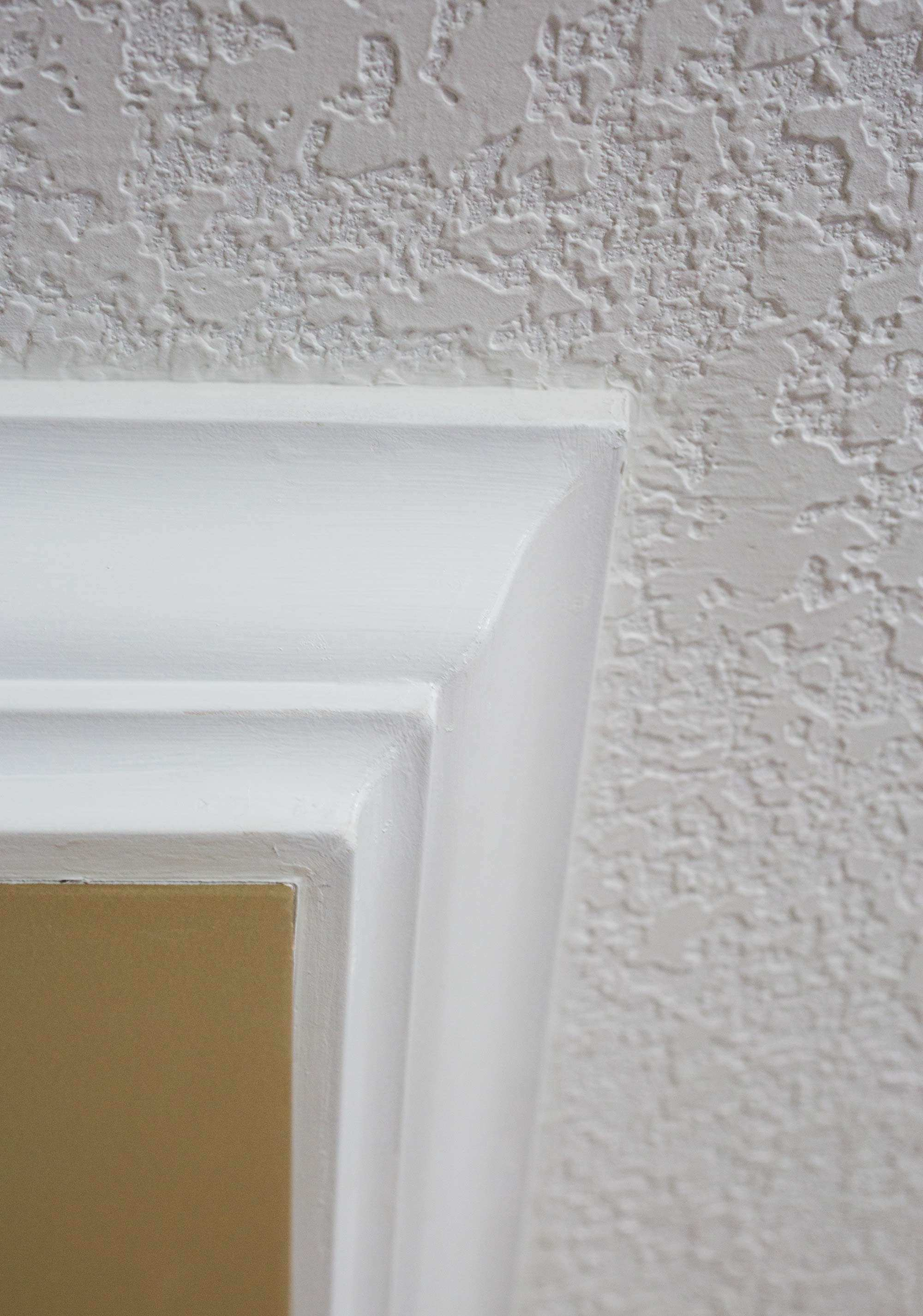 Picture Frame Moulding On Walls Awesome Installing Crown Moulding In ...