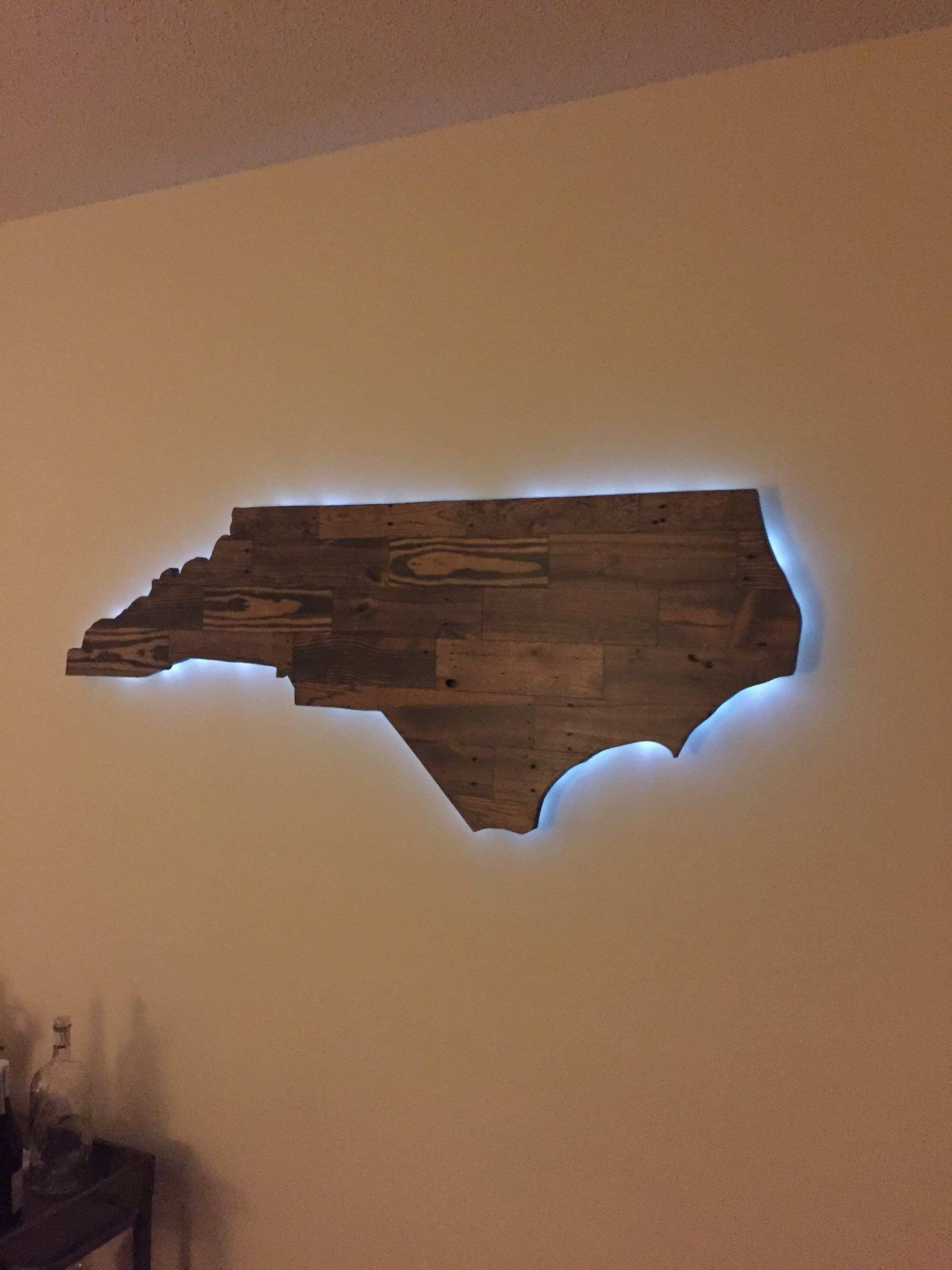Pallet wood NC wall art with backlighting