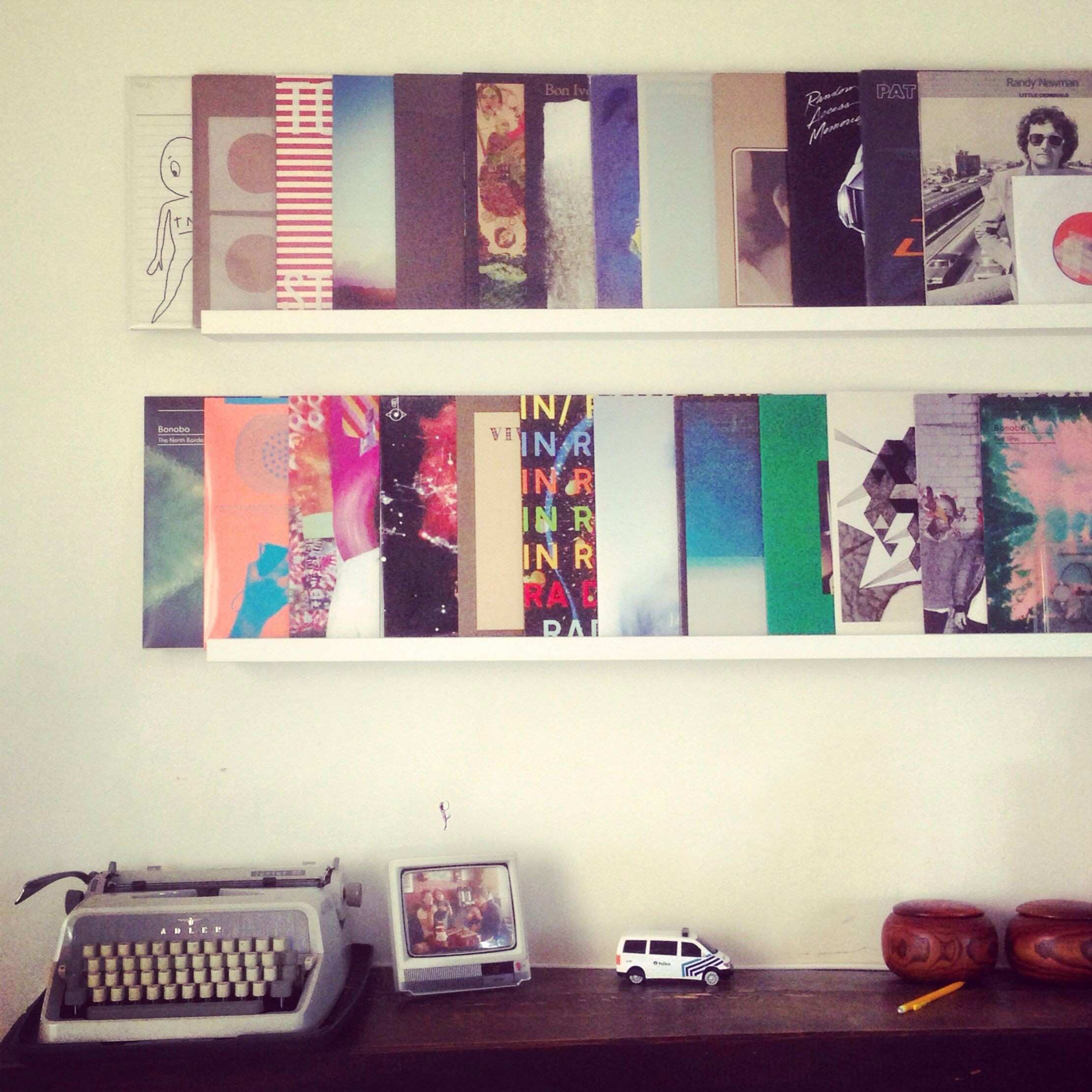 26 Inspirational Vinyl Records Decorations for Wall