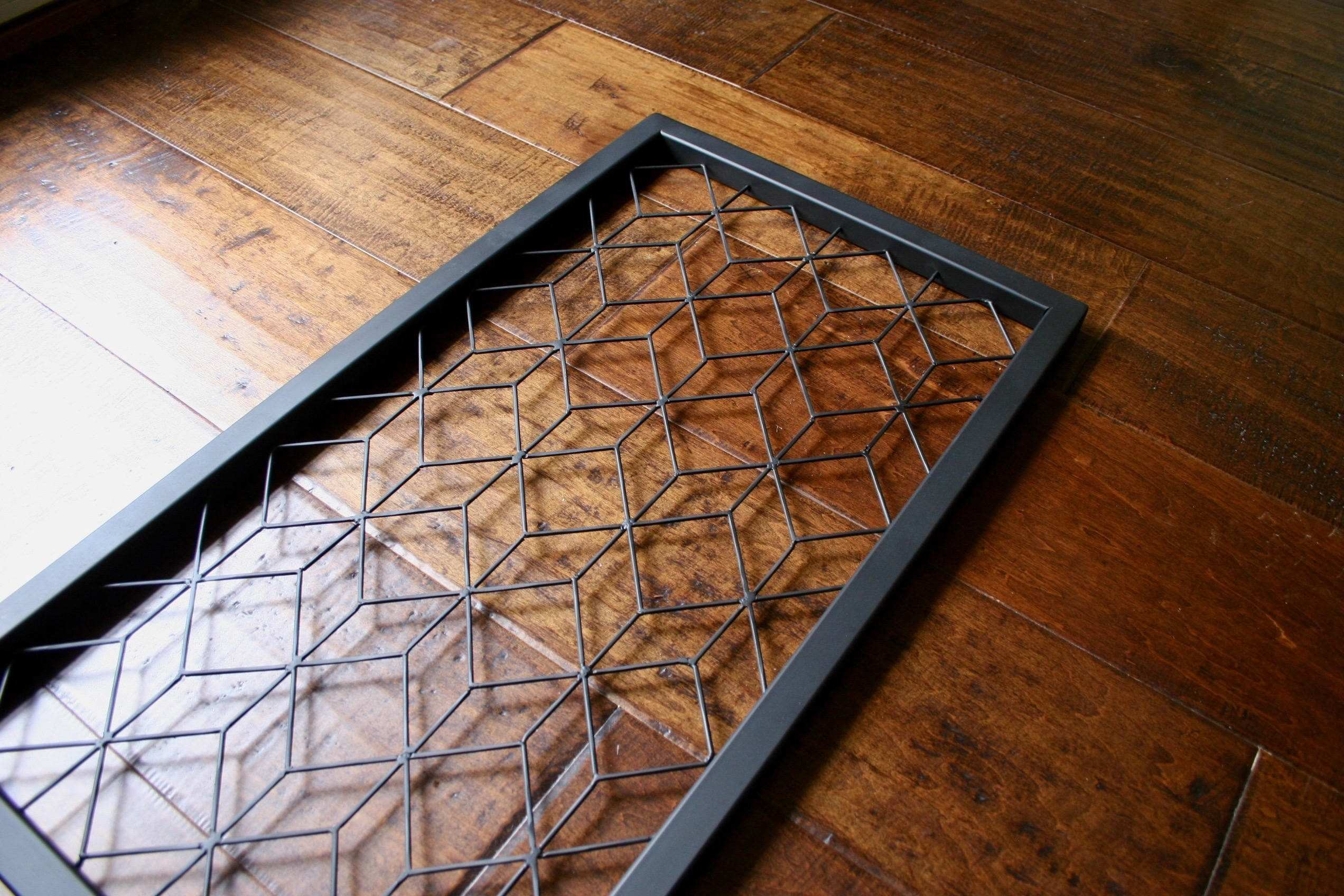 How to Decorate Room with Wood Paneling Elegant Metal Wall Art