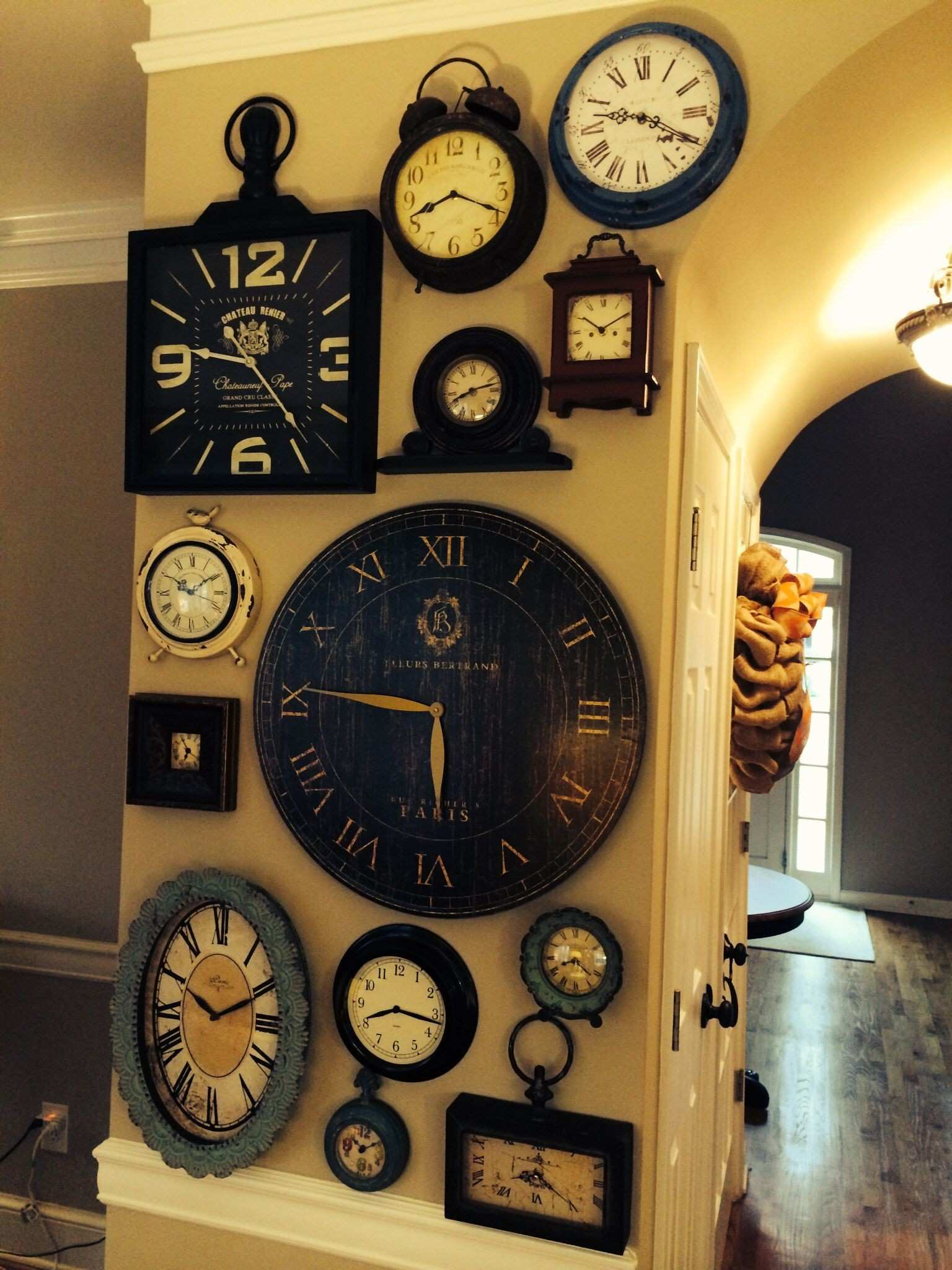 Impressive Collection of Wall Clocks Decor Ideas That You Will