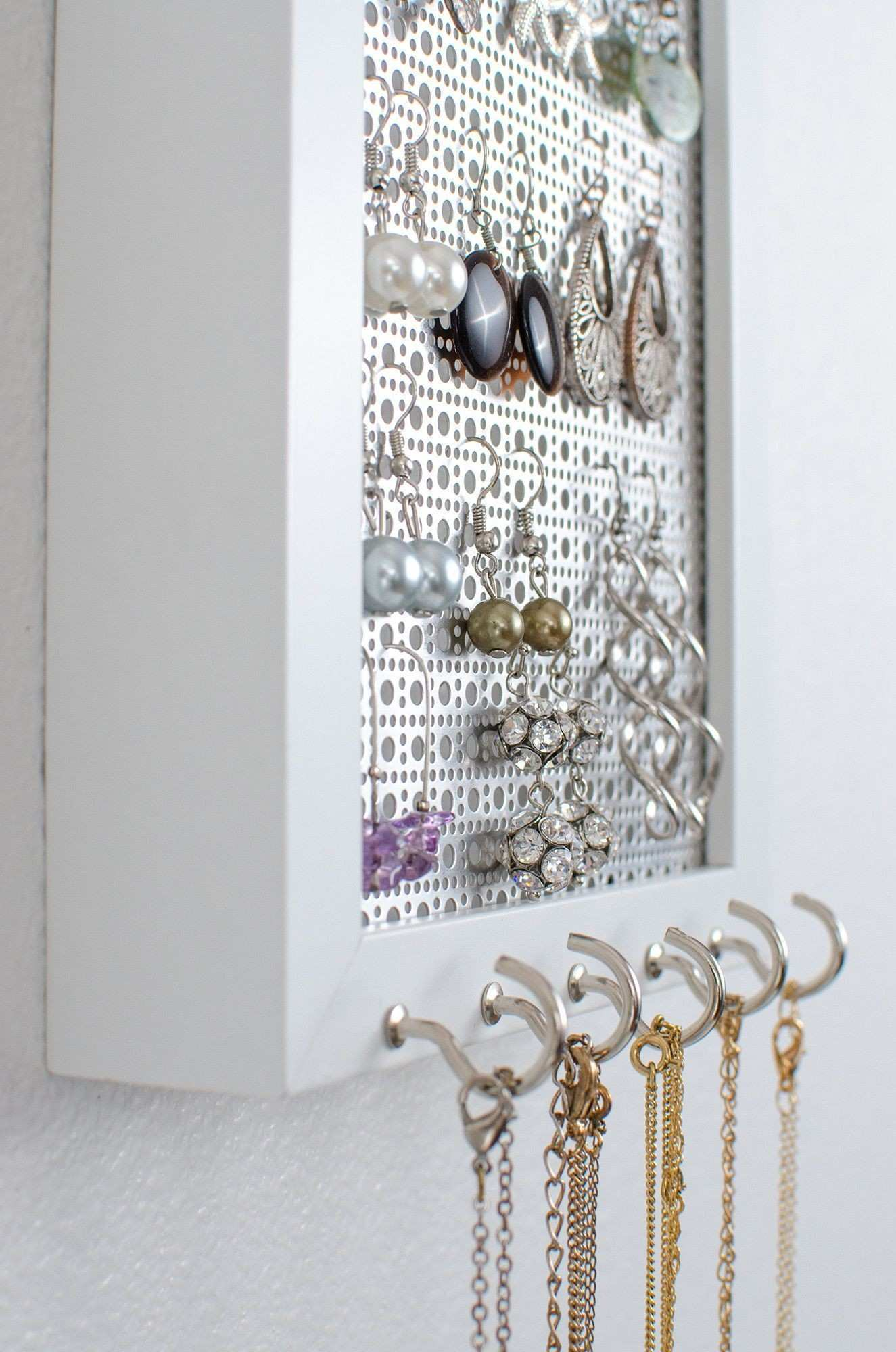 Wall Mount Jewelry Box Picture Frame Inspirational Hook Earring