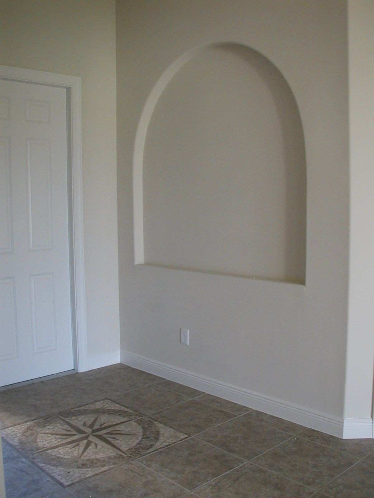 Wall Niche Decor Awesome Decorating Ideas For Niches Inspirational Decorative In Foyer