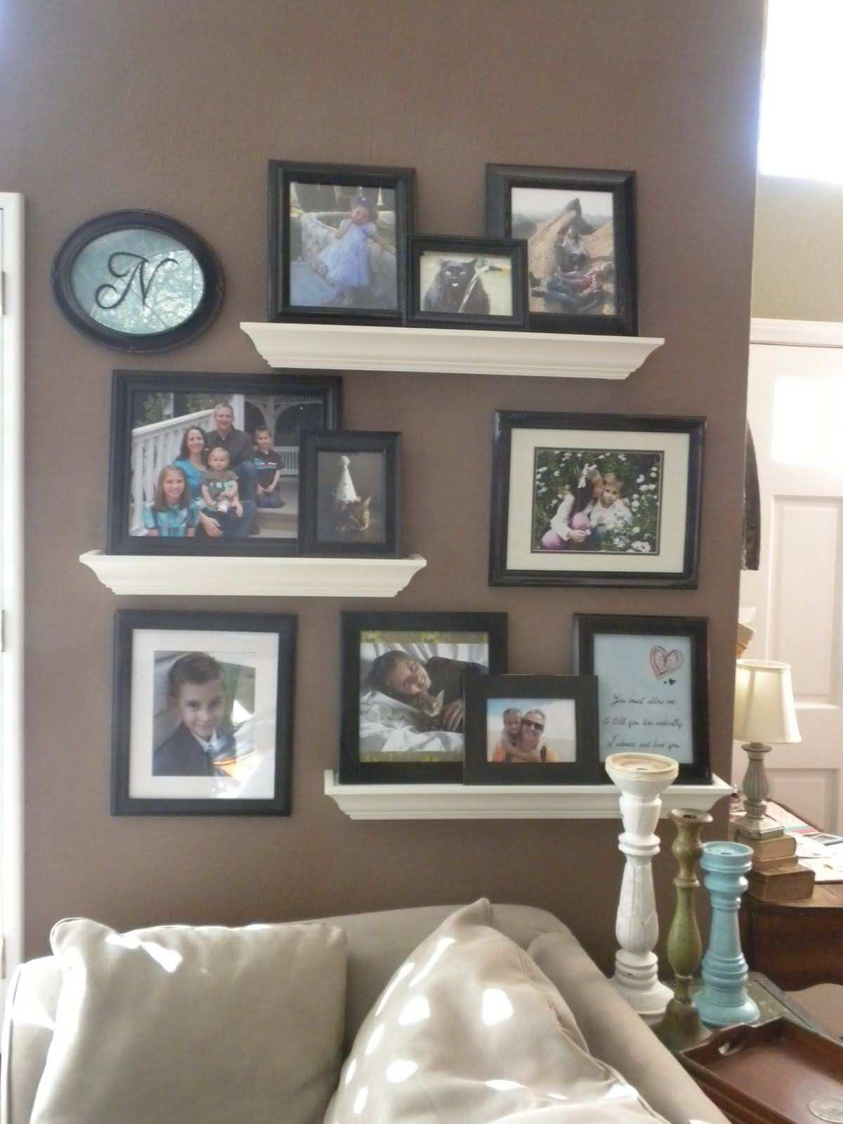 Free Download Image Luxury Wall Shelf For Picture Frames 650867